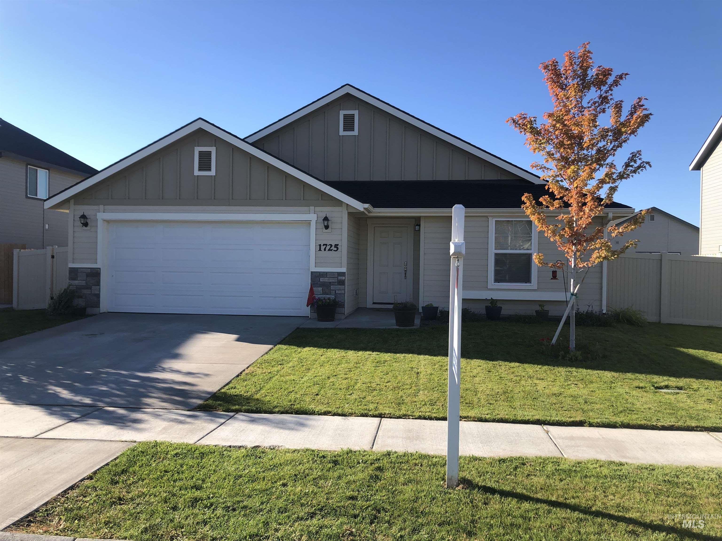 Photo of 1725 W Crystal Falls Ave. Nampa ID 83651