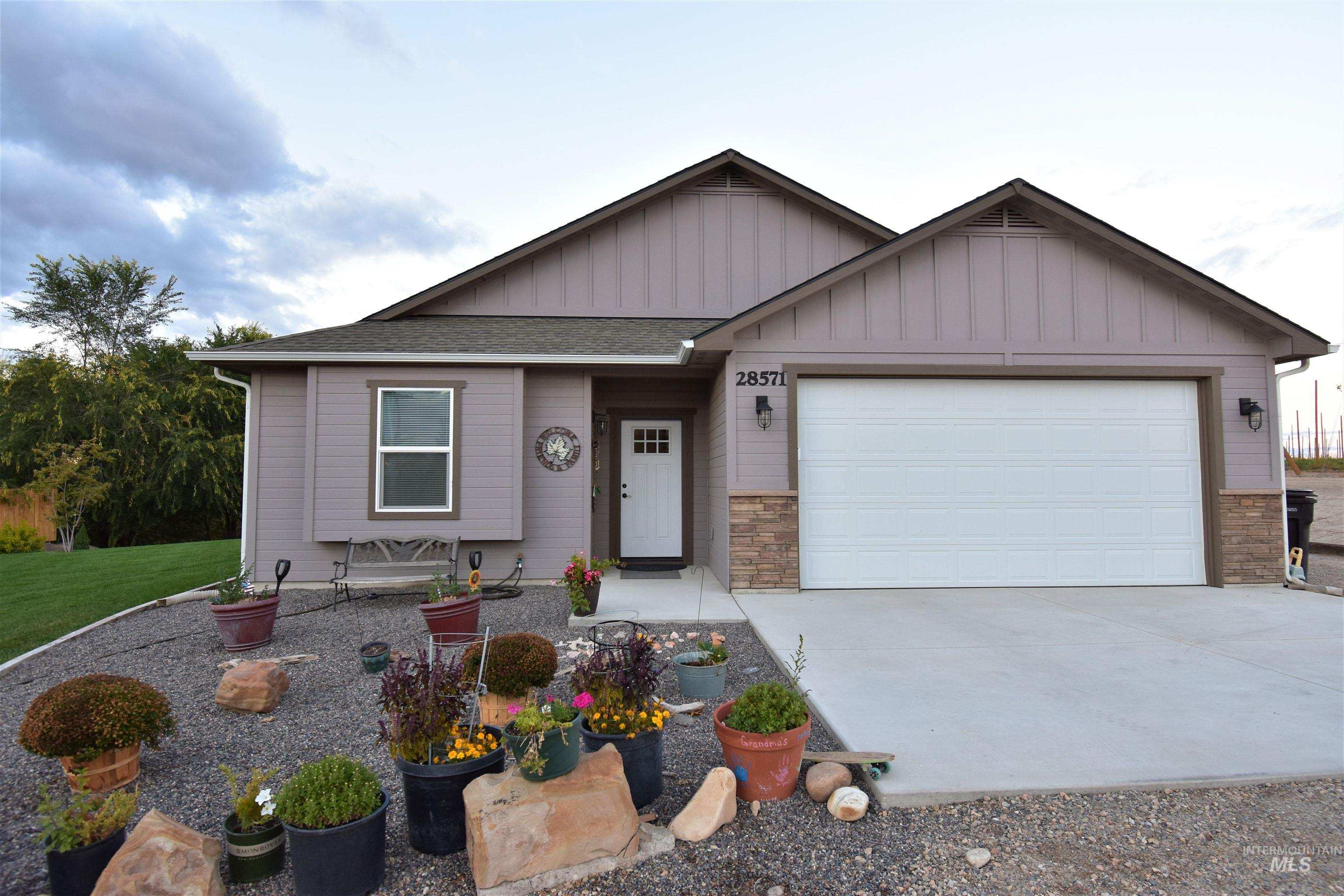 Photo of 28571 Awesome Ln Parma ID 83660