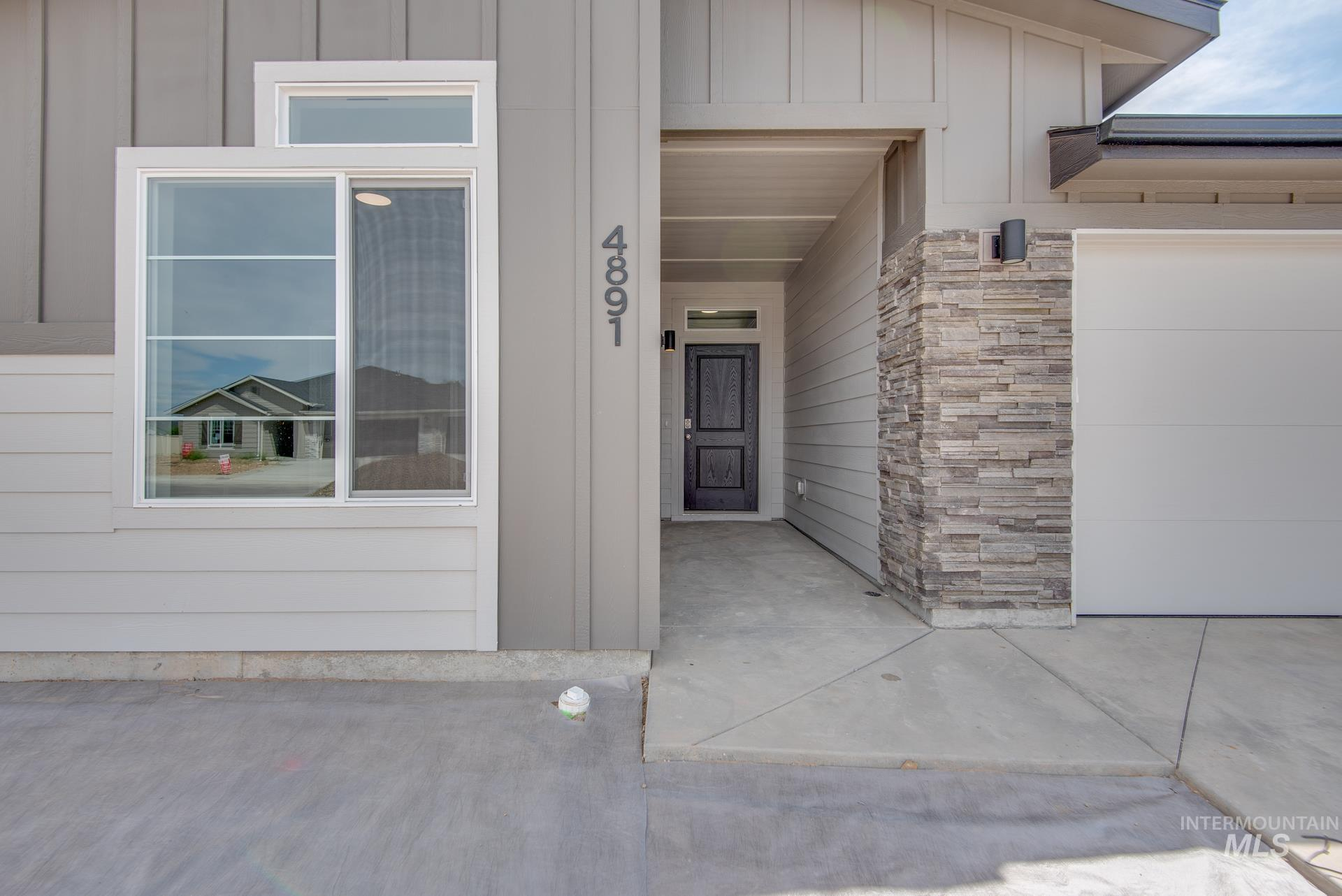Photo of 4891 Sands Basin Dr Meridian ID 83646