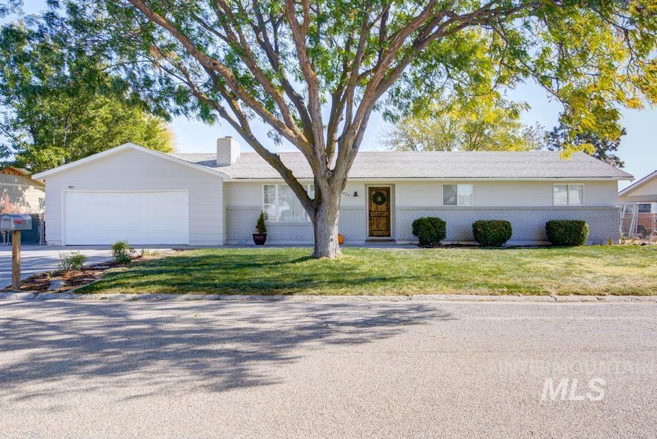 6924 Beatrice, Fruitland, Idaho 83619, 5 Bedrooms Bedrooms, ,2 BathroomsBathrooms,Residential,For Sale,6924 Beatrice,98822669