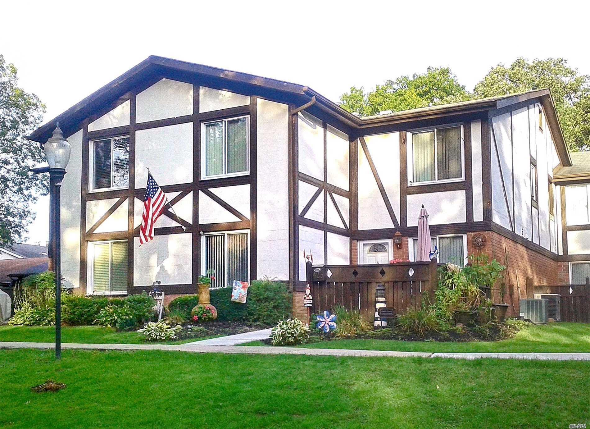 Property for sale at 425 Birchwood Road, Medford NY 11763, Medford,  New York 11763