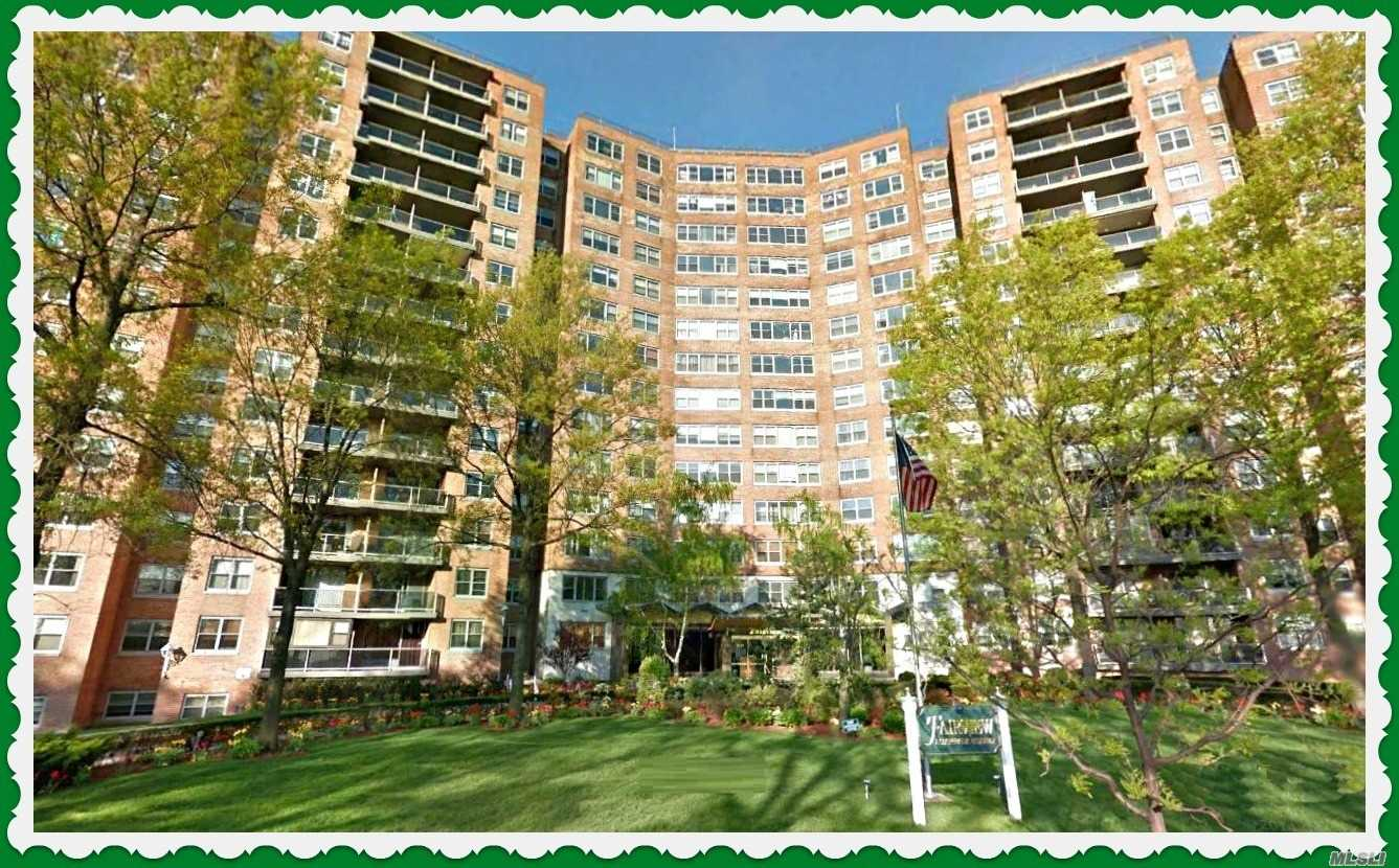 Come See This Luxury Hi-Rise 2 Bedrooms/Junior 4 Penthouse Apartment W/Balcony. This Unit Is Totally Renovated.  Kitchen Has Stainless Steel Appliances. Gorgeous Views. Parquet Floors. G/E Included In Maintenance.24 Hr Doorman, In-Ground Swimming Pool & Cabana Makes You Feel Your On Vacation