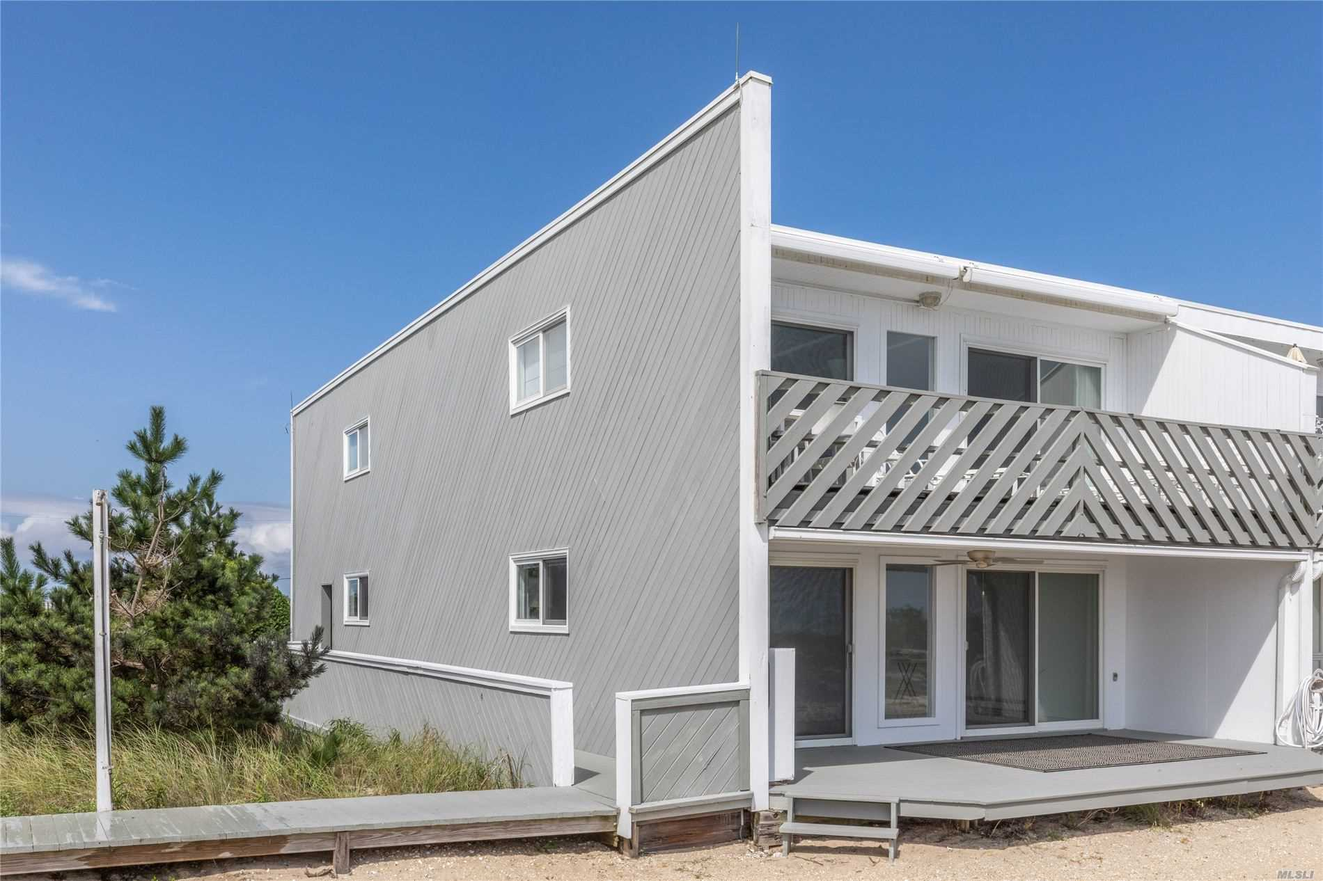 Property for sale at 279 Dune Road Unit: 10, Westhampton Bch,  New York 11978