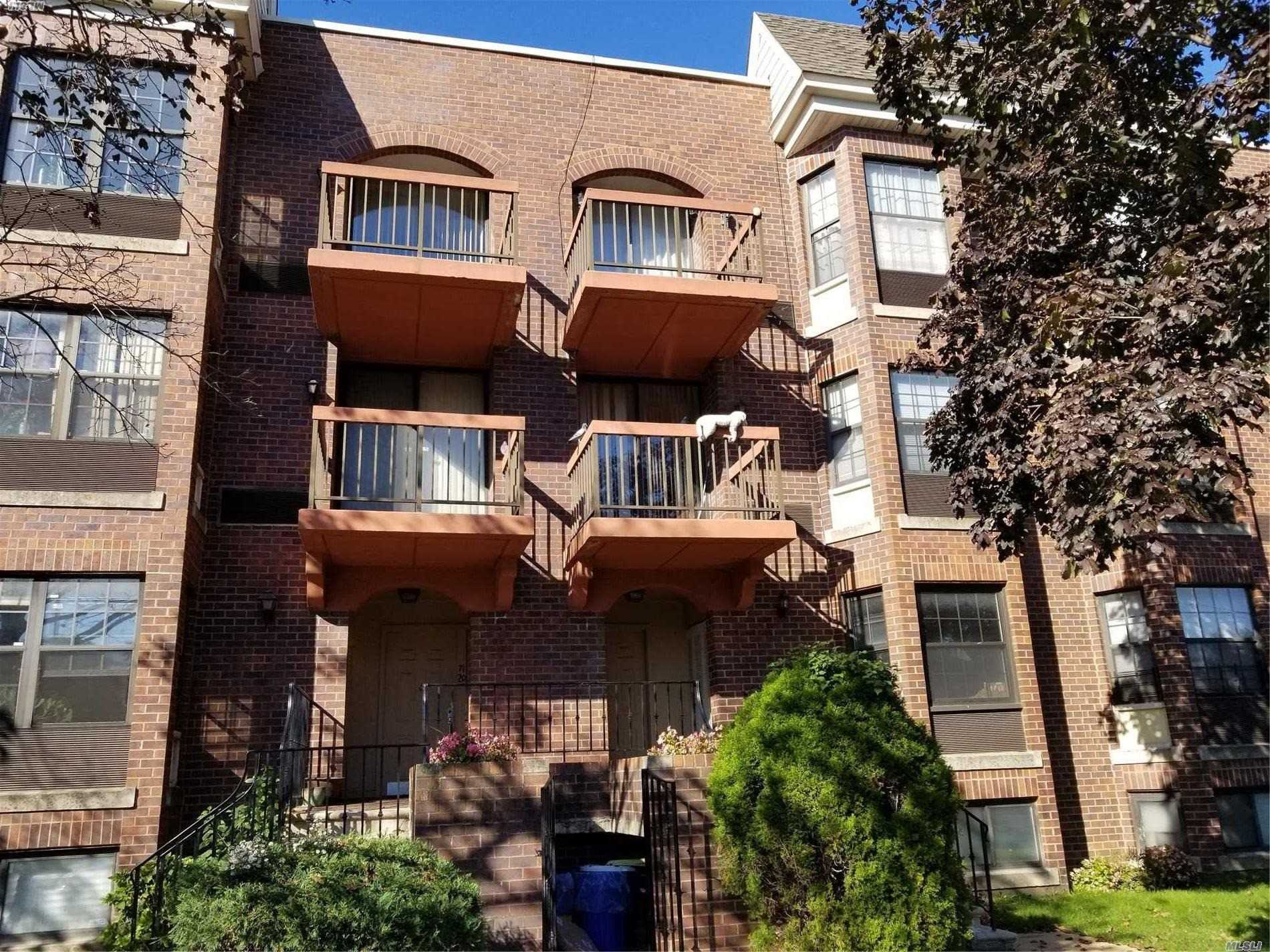 Property for sale at 71-18 164th Street, Fresh Meadows NY 11365, Fresh Meadows,  New York 11365