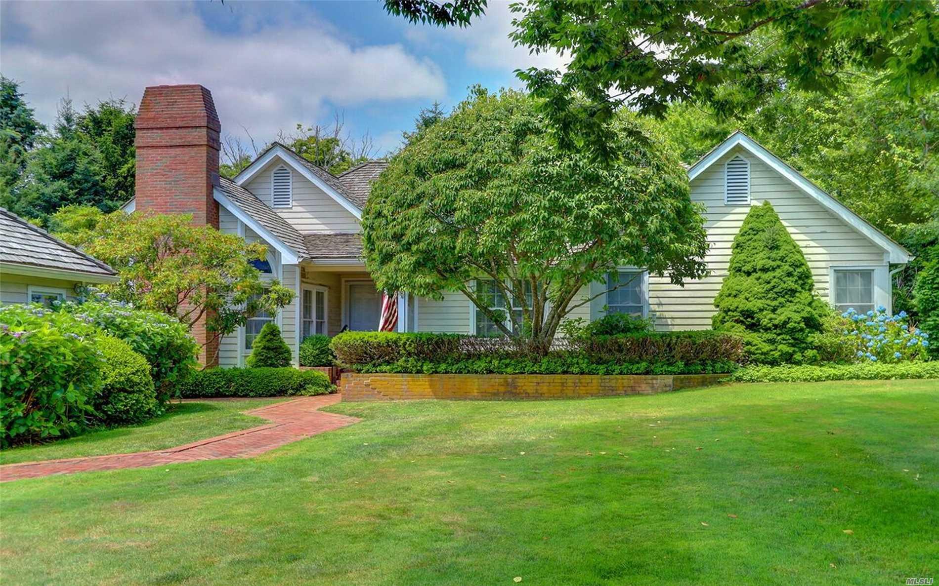 Property for sale at 12 Cobblefield Lane, Southampton NY 11968, Southampton,  New York 11968