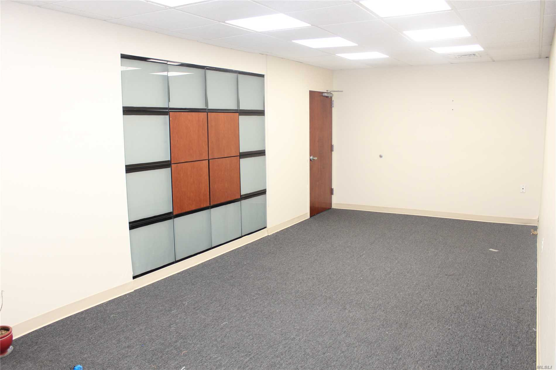 Commercial Lease Northern Boulevard  Nassau, NY 11021, MLS-3080280-7