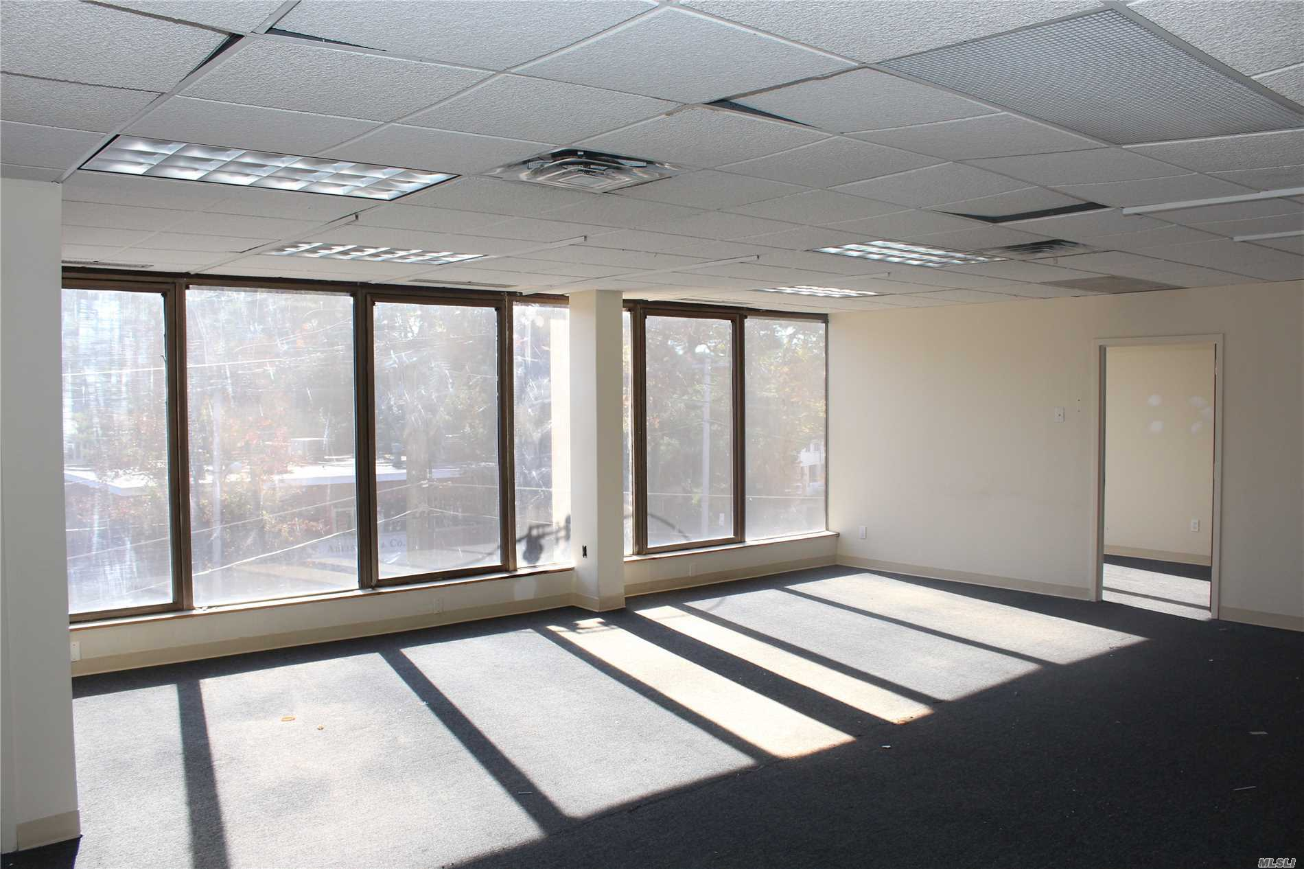 Commercial Lease Northern Boulevard  Nassau, NY 11021, MLS-3080280-4