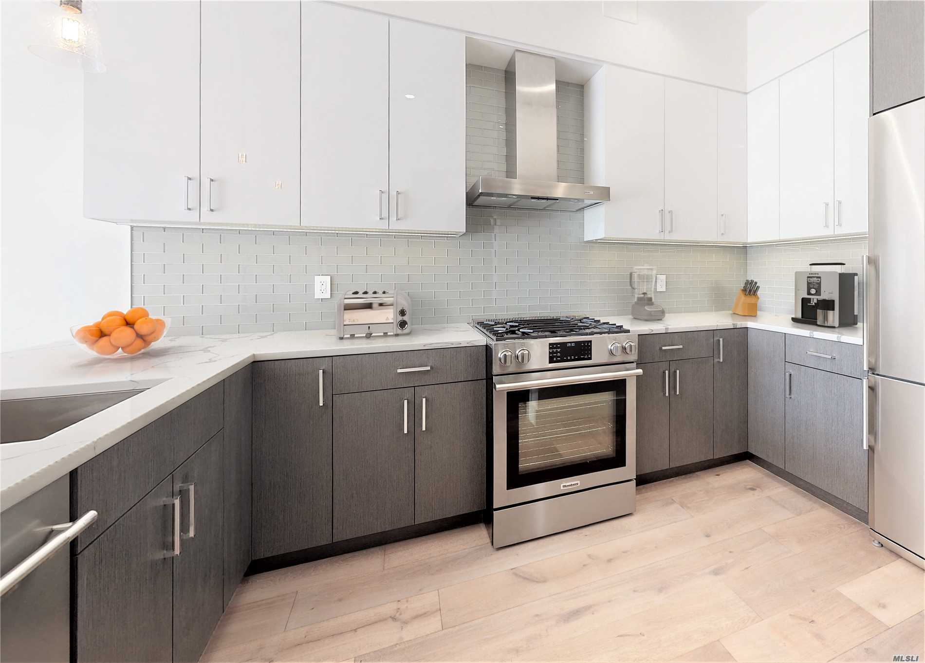 Property for sale at 26-33 28th Street # 1A, Astoria NY 11102, Astoria,  New York 11102