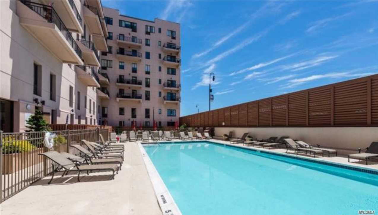 Property for sale at 100 W Broadway # 4U, Long Beach NY 11561, Long Beach,  New York 11561