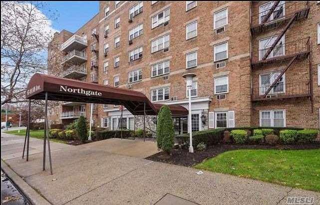 Property for sale at 87-10 149th Avenue # 5E, Howard Beach NY 11414, Howard Beach,  New York 11414