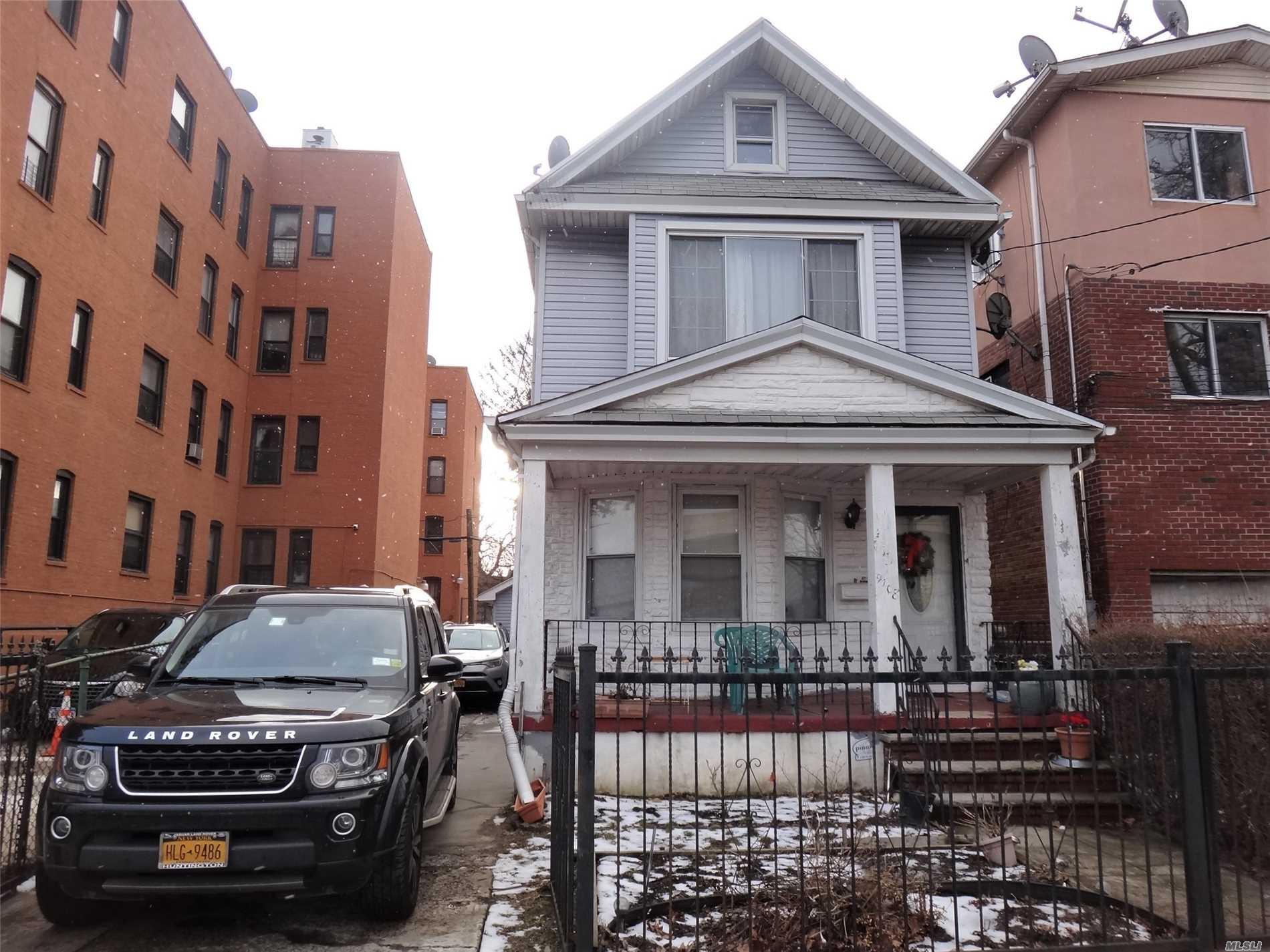Property for sale at 97-08 Van Wyck Expressway, Richmond Hill NY 11419, Richmond Hill,  New York 11419