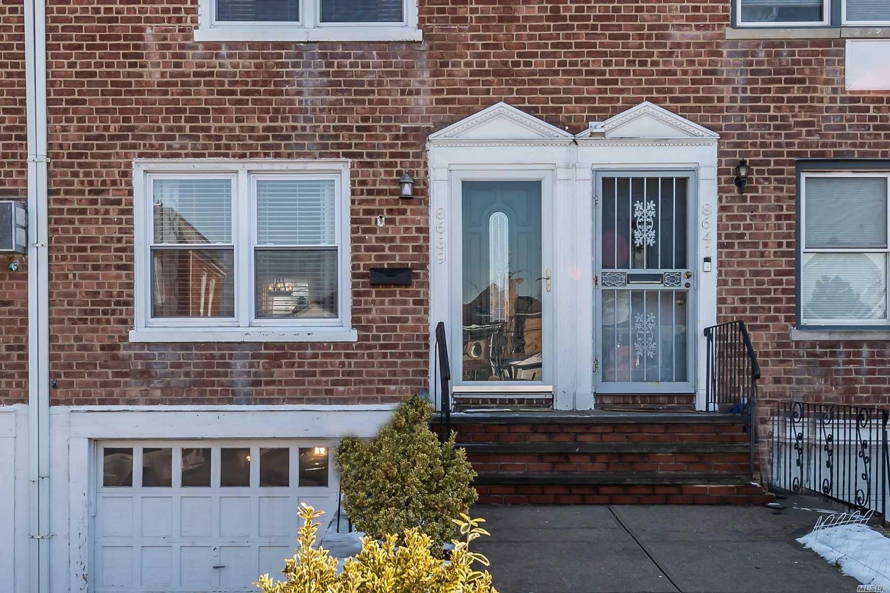 Property for sale at 86-39 256th Street, Floral Park NY 11001, Floral Park,  New York 11001