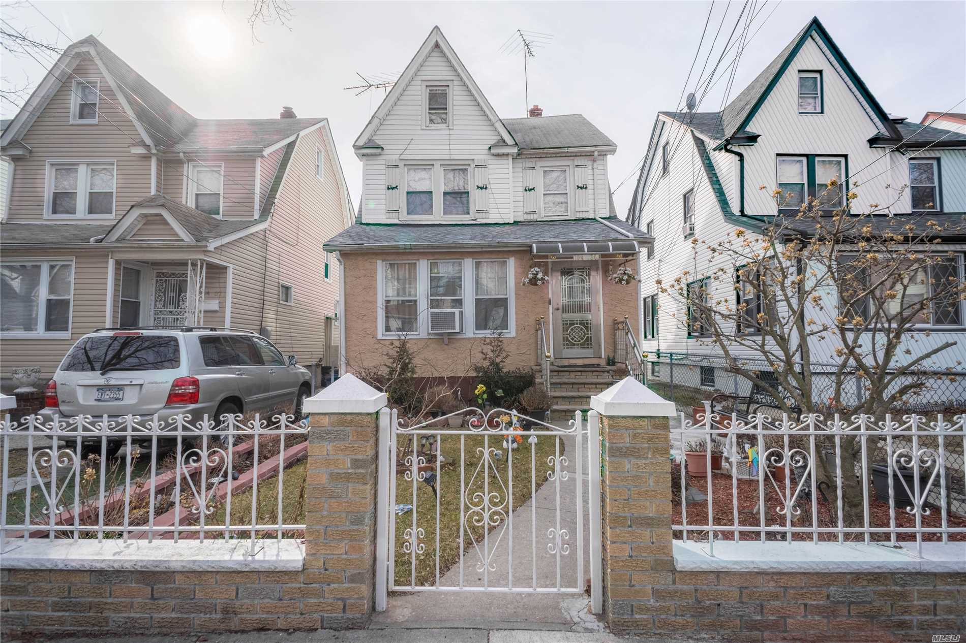 Property for sale at 104-30 203rd Street, Hollis NY 11423, Hollis,  New York 11423