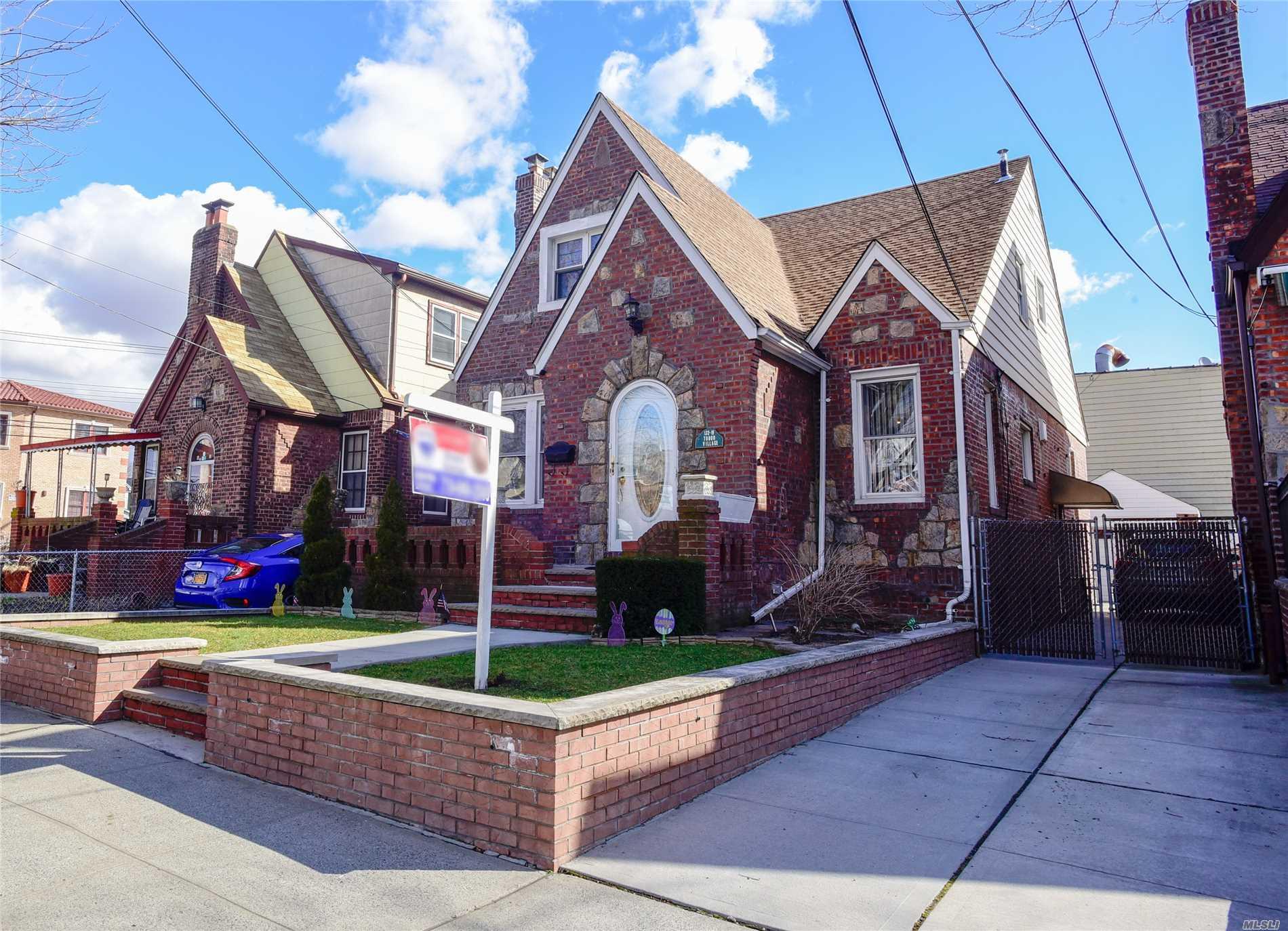 Property for sale at 132-19 84th Street, Ozone Park NY 11417, Ozone Park,  New York 11417