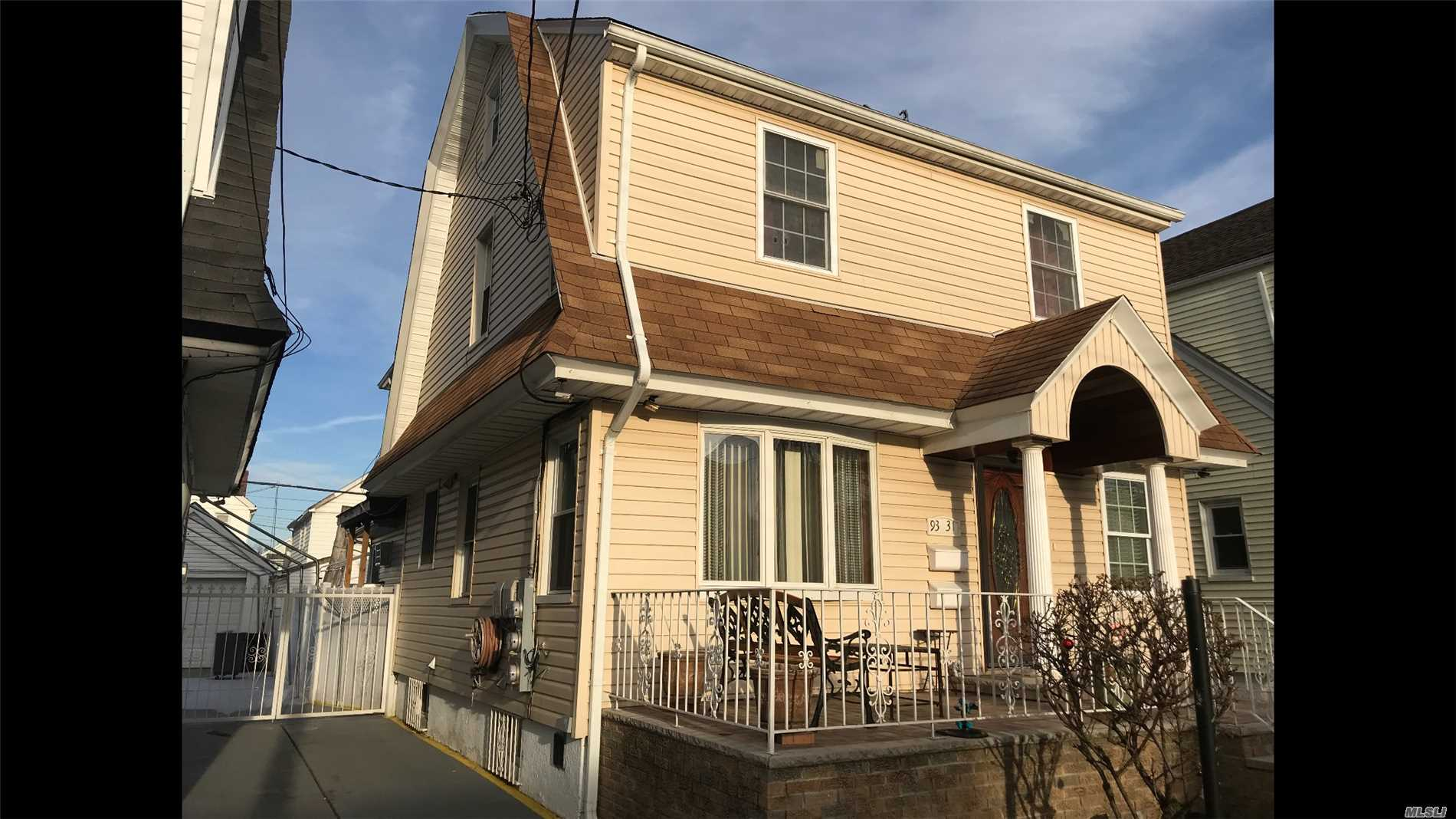 Property for sale at 93-31 205th Street, Hollis NY 11423, Hollis,  New York 11423