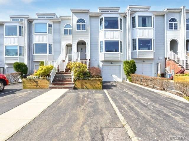Property for sale at 241-09 Oak Park Drive # 59B, Douglaston NY 11362, Douglaston,  New York 11362