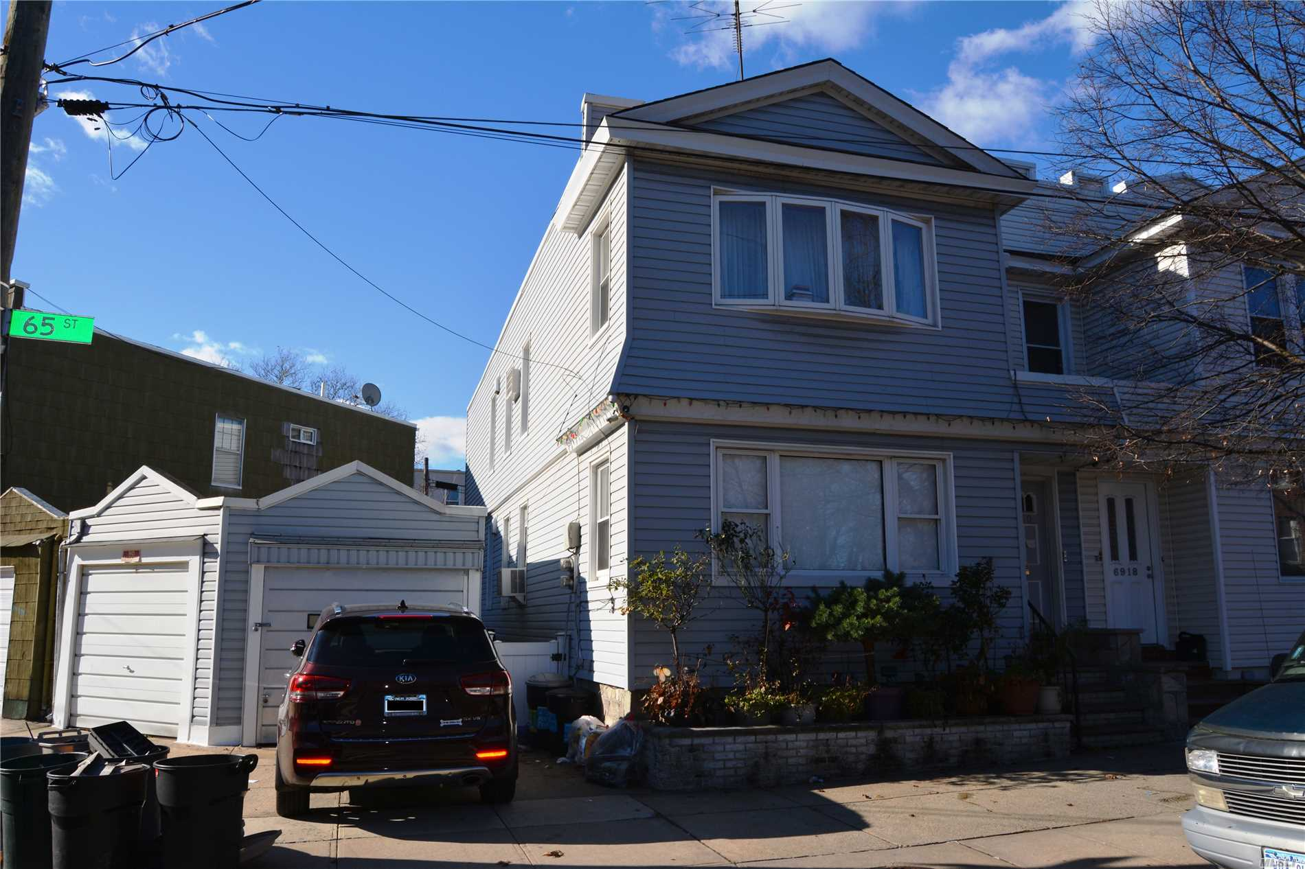 Property for sale at 69-20 65th Street, Glendale NY 11385, Glendale,  New York 11385