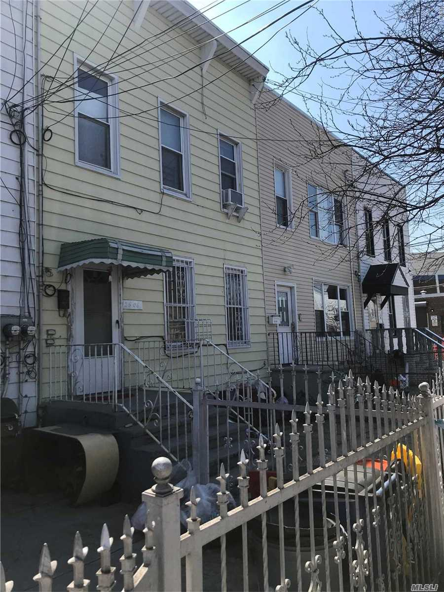 Property for sale at 126-06 89th Avenue, Richmond Hill NY 11418, Richmond Hill,  New York 11418