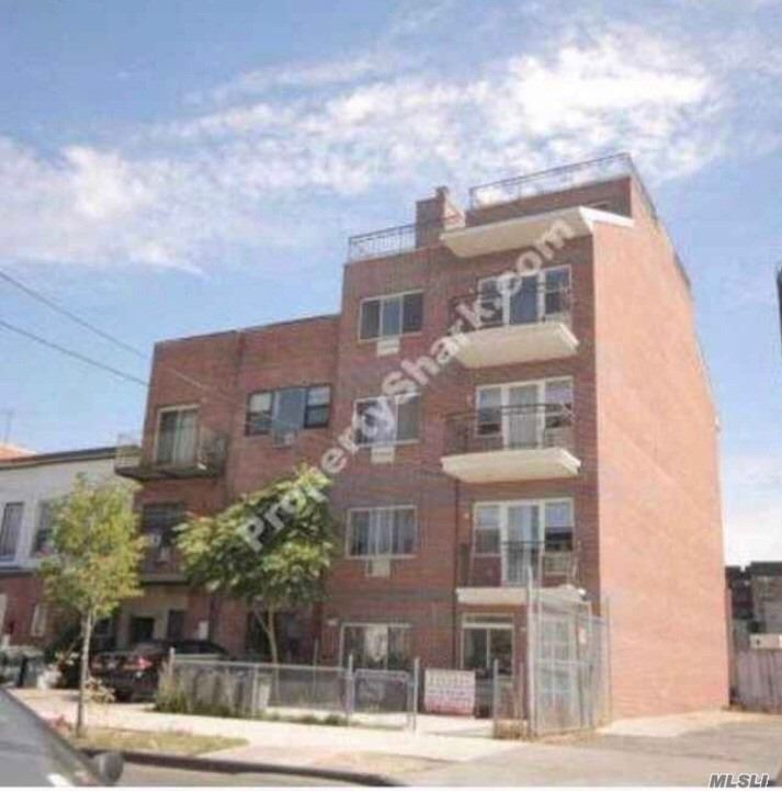 Property for sale at 31-35 Linden Place Unit: 4A, Flushing,  New York 11354