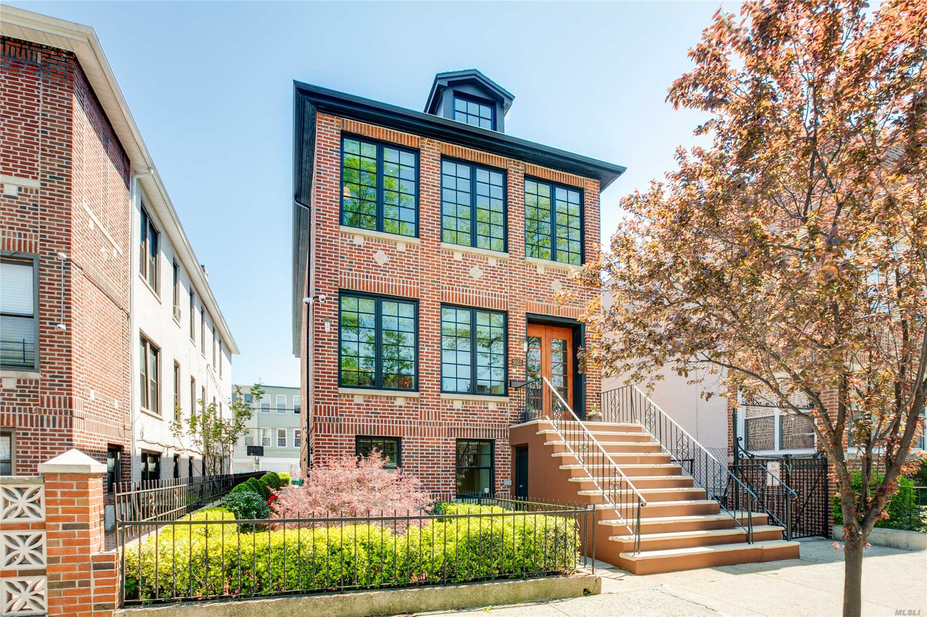 Property for sale at 30-53 35th Street, Astoria,  New York 11103