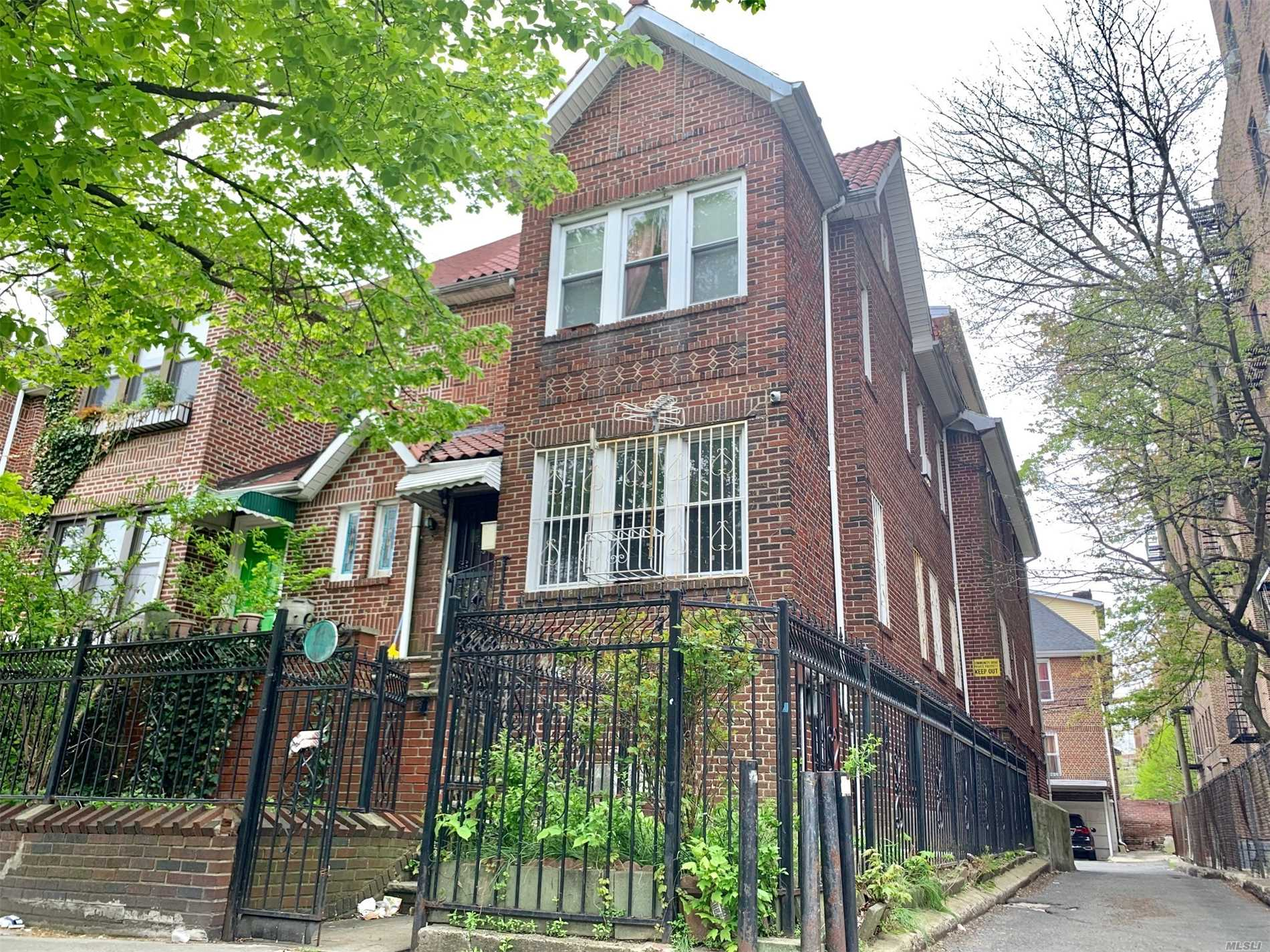 Property for sale at 35-14 90 Street, Jackson Heights NY 11372, Jackson Heights,  New York 11372