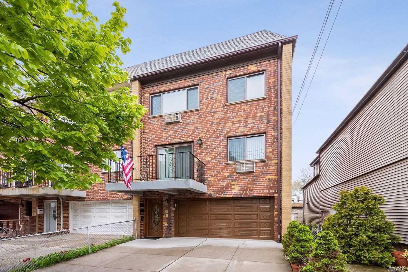 Property for sale at 70-15 71st Place, Glendale NY 11385, Glendale,  New York 11385