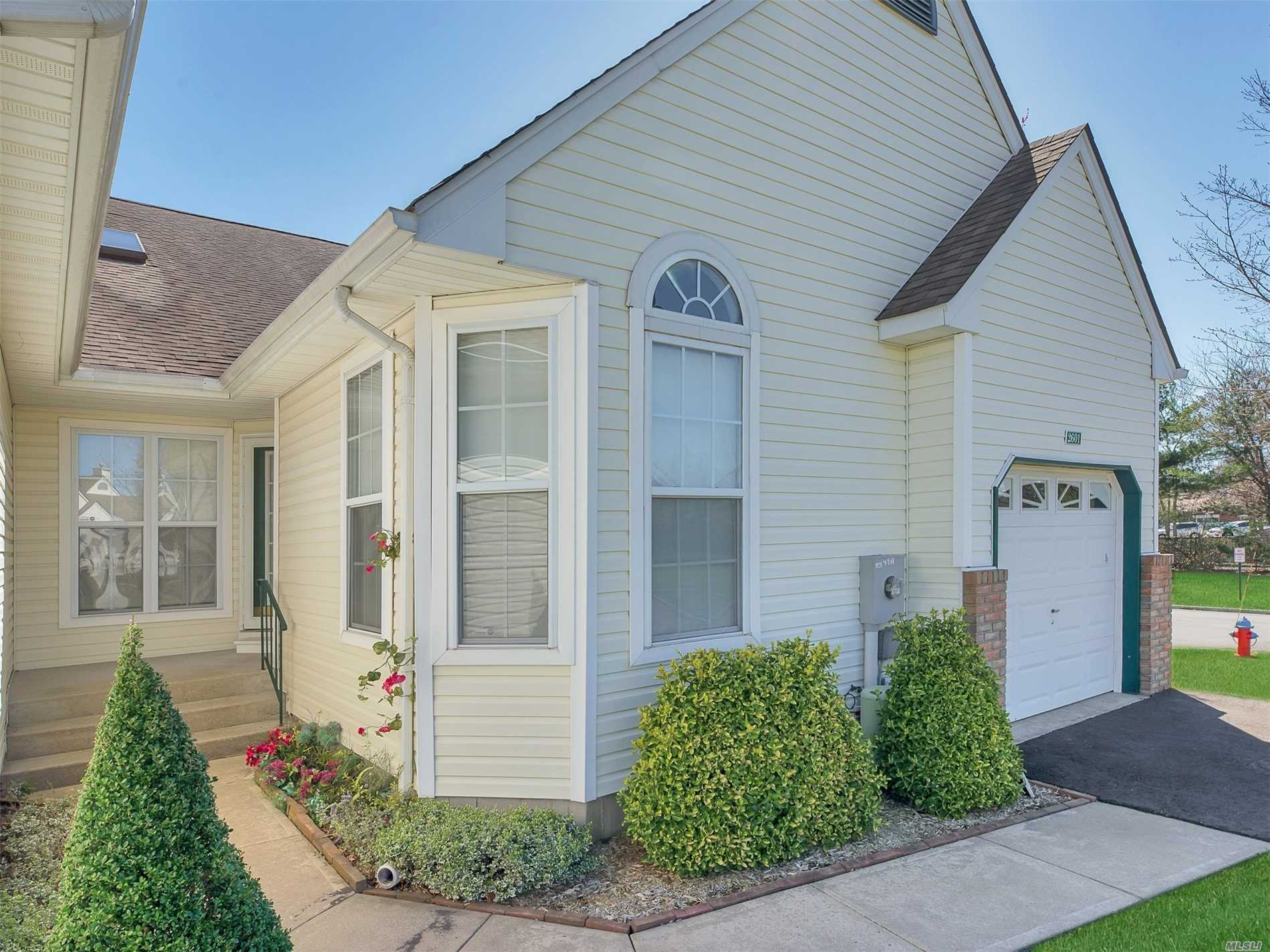 Property for sale at 2601 Eve Ann Drive, Pt.Jefferson Sta NY 11776, Pt.Jefferson Sta,  New York 11776