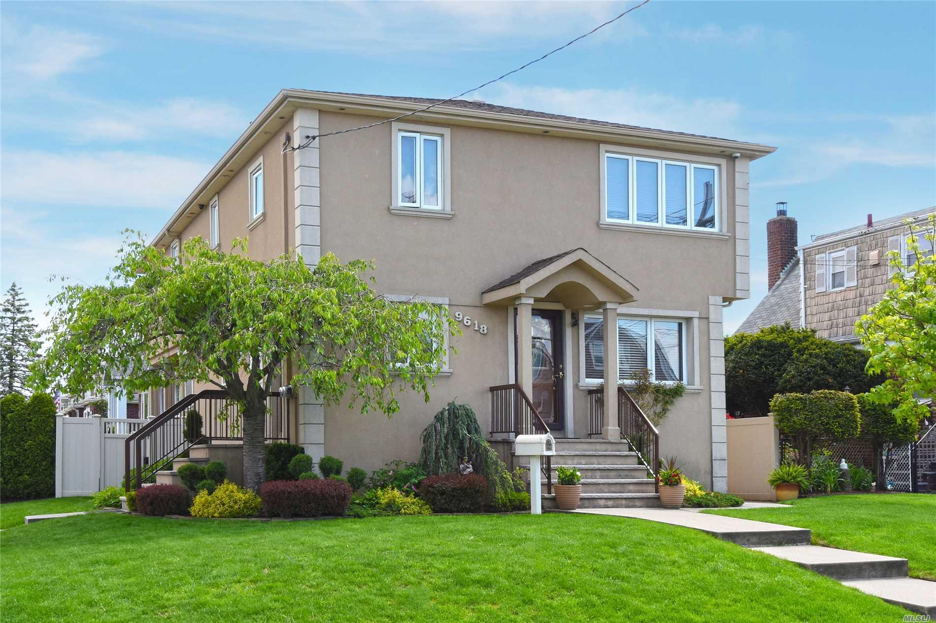 Property for sale at 96-18 164th Avenue, Howard Beach NY 11414, Howard Beach,  New York 11414