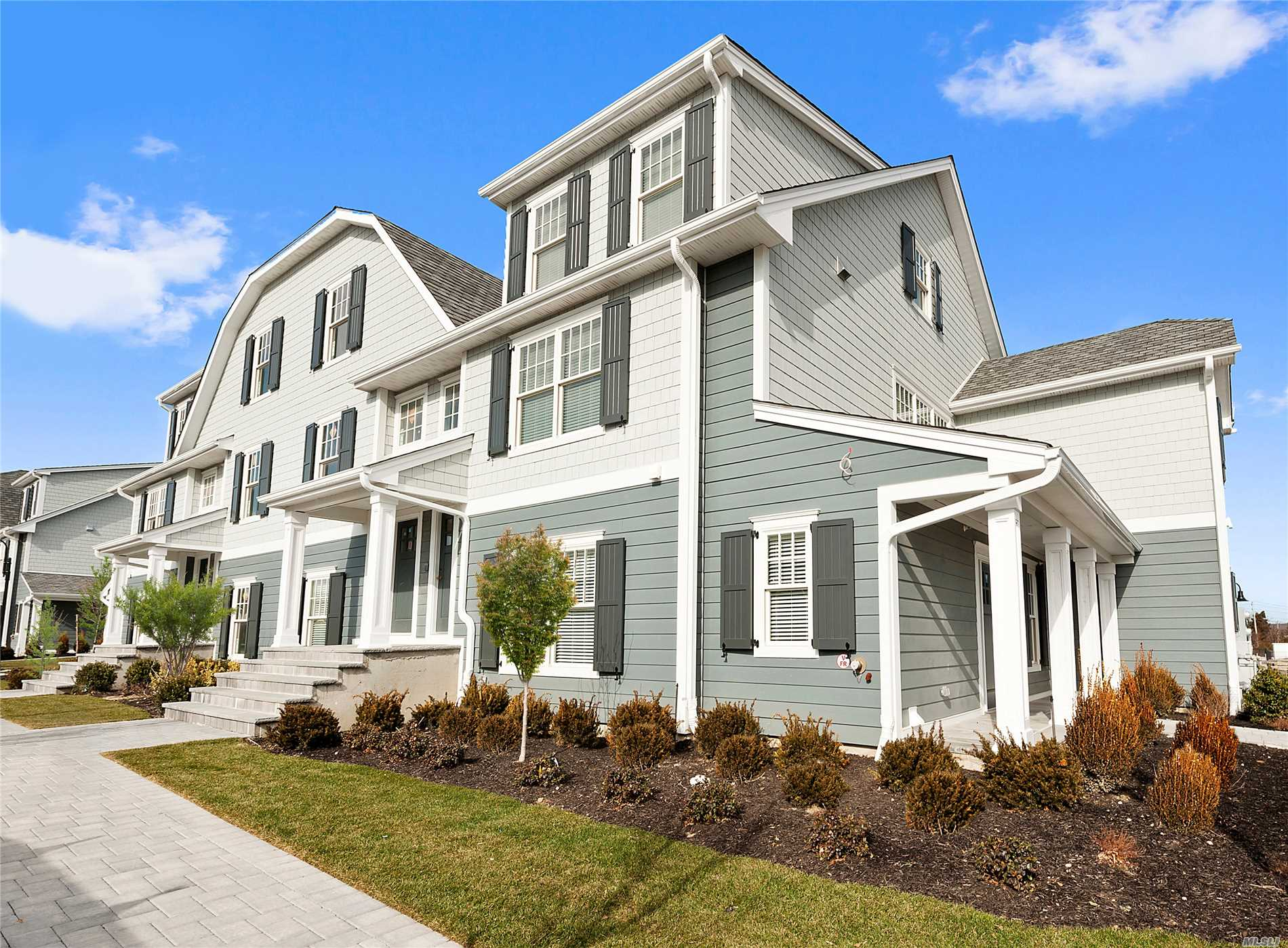 Property for sale at 104 Tuckahoe Lane Unit: D, Southampton,  New York 11968