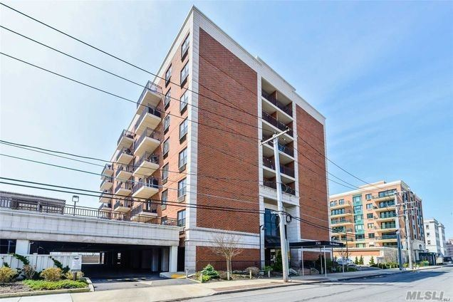 Property for sale at 230 W Broadway # 710, Long Beach NY 11561, Long Beach,  New York 11561