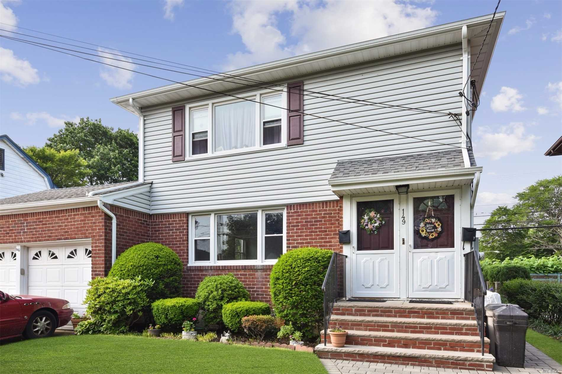 Property for sale at 149 Magnolia Avenue, Floral Park NY 11001, Floral Park,  New York 11001