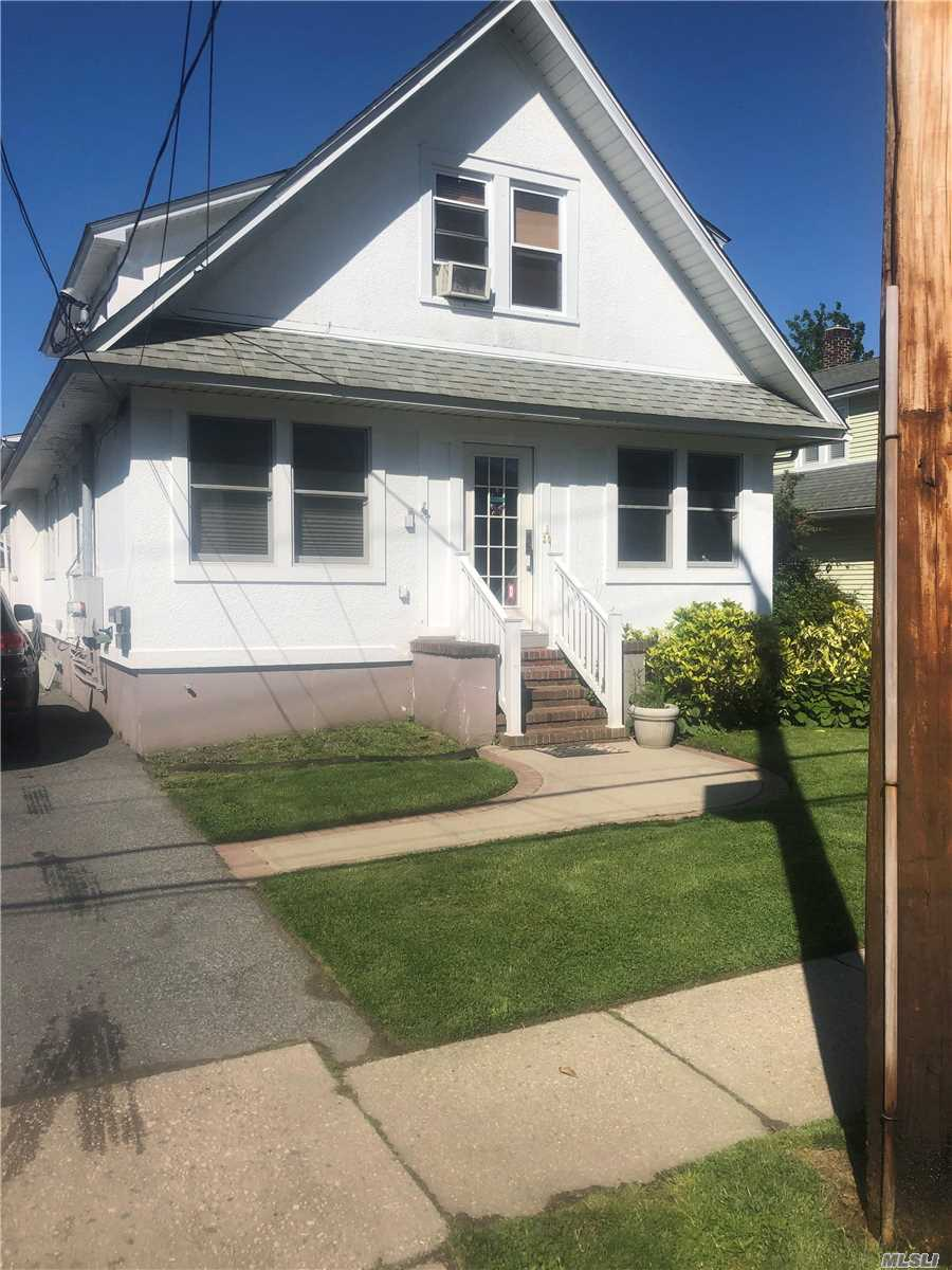 Property for sale at 114 S Clinton Avenue, Bay Shore NY 11706, Bay Shore,  New York 11706