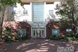 Property for sale at 171 Great Neck Road # 2E, Great Neck NY 11021, Great Neck,  New York 11021