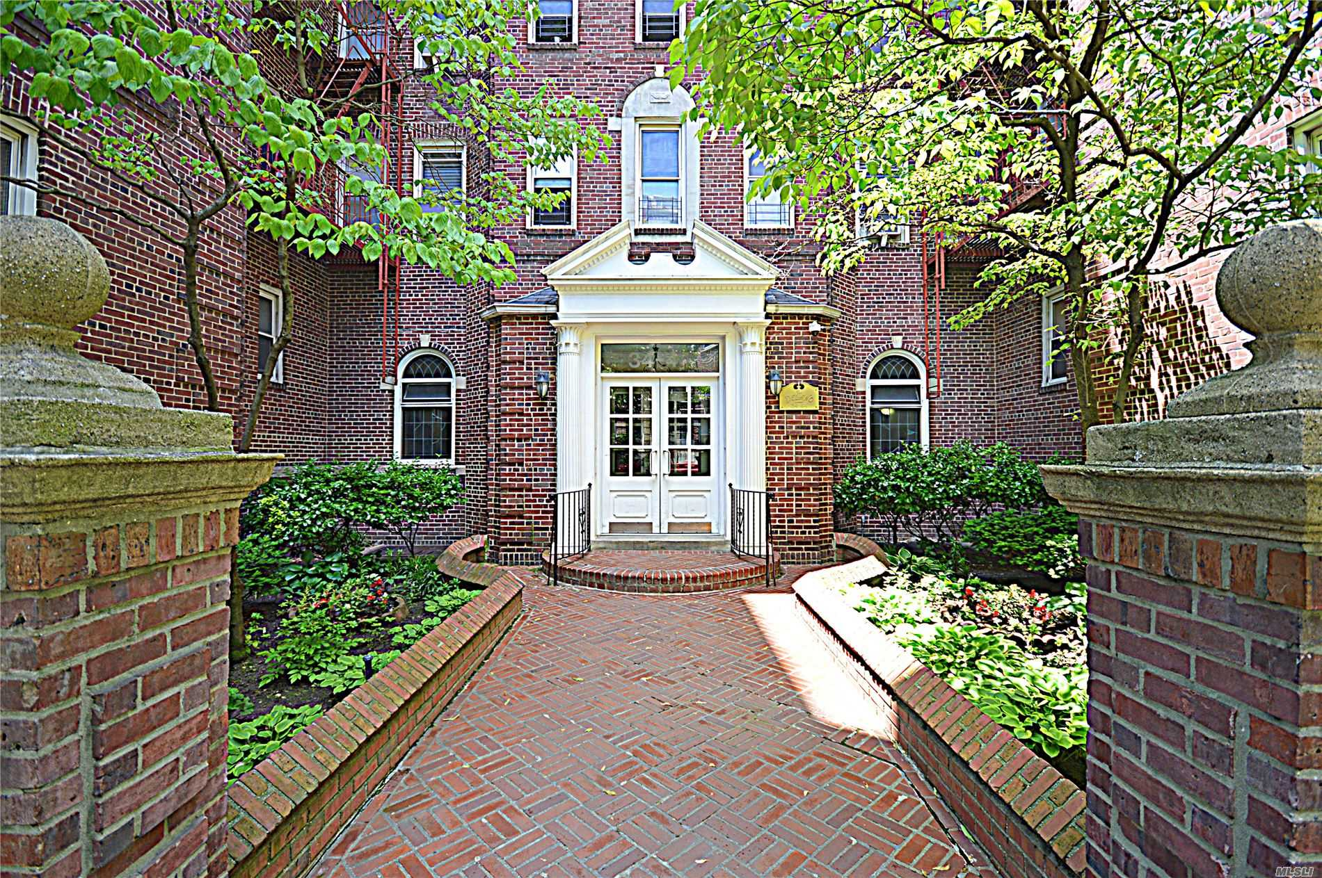 Property for sale at 34-44 82nd Street # 6B, Jackson Heights NY 11372, Jackson Heights,  New York 11372