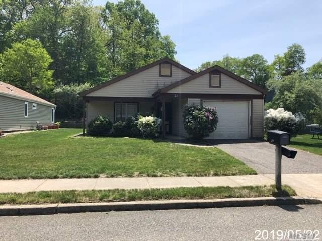 Property for sale at 21 Kingston Drive, Ridge,  New York 11961
