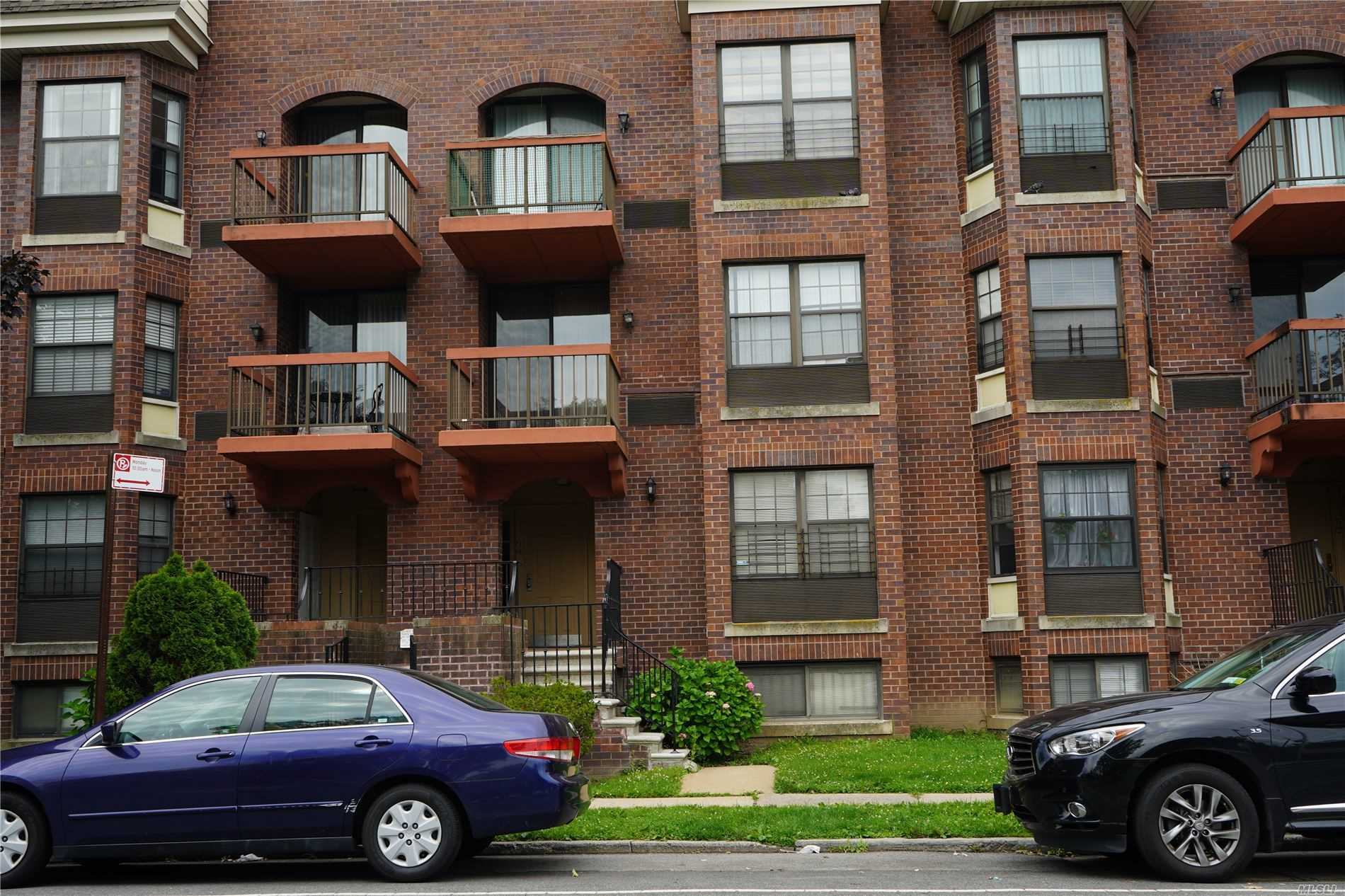 Property for sale at 71-14 164th Street, Fresh Meadows NY 11365, Fresh Meadows,  New York 11365