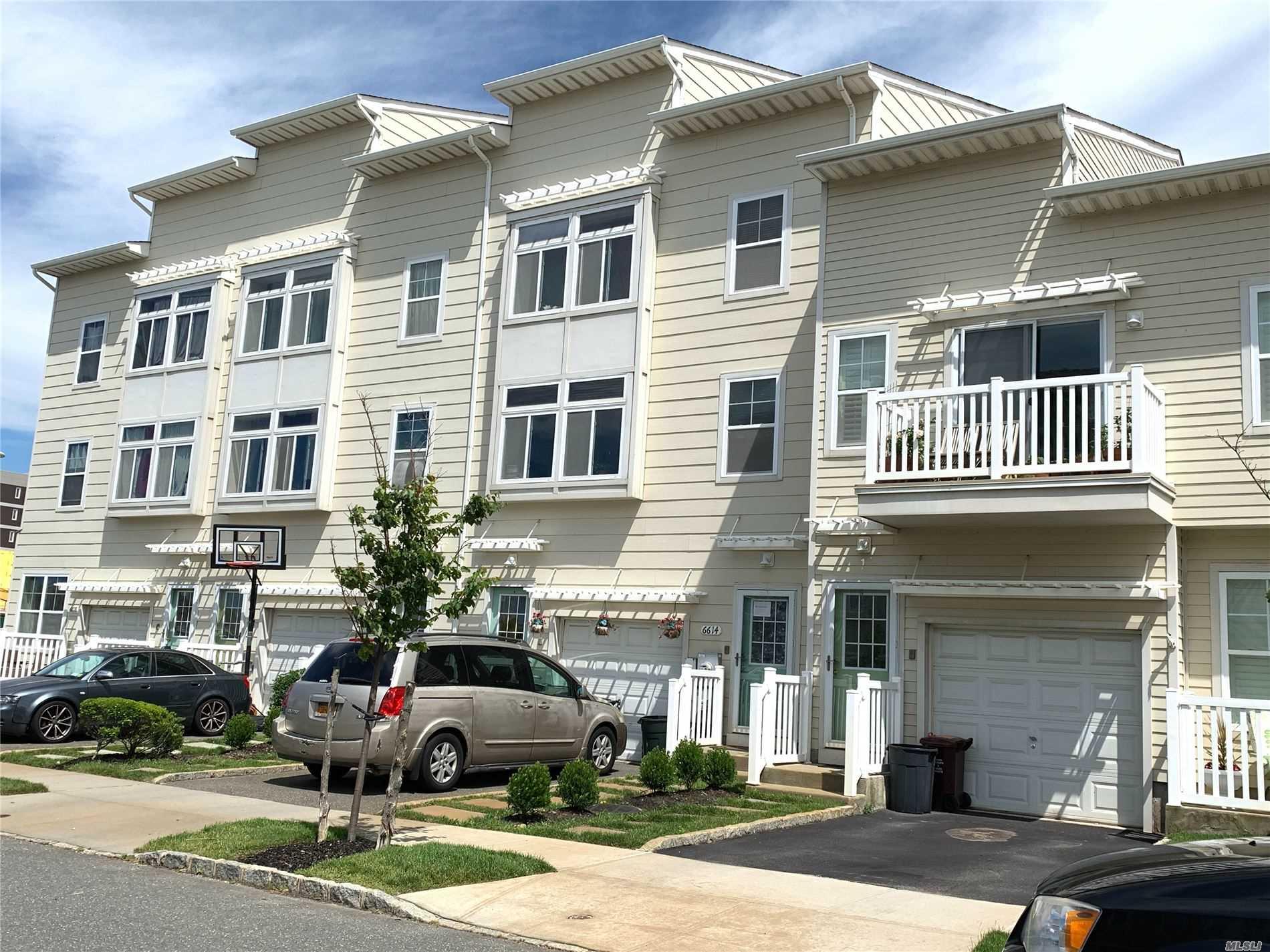 Property for sale at 6614 Seaspray Avenue, Arverne NY 11692, Arverne,  New York 11692