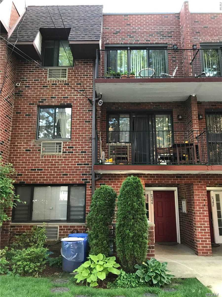 Property for sale at 71-44 163 Street # 1, Fresh Meadows NY 11365, Fresh Meadows,  New York 11365