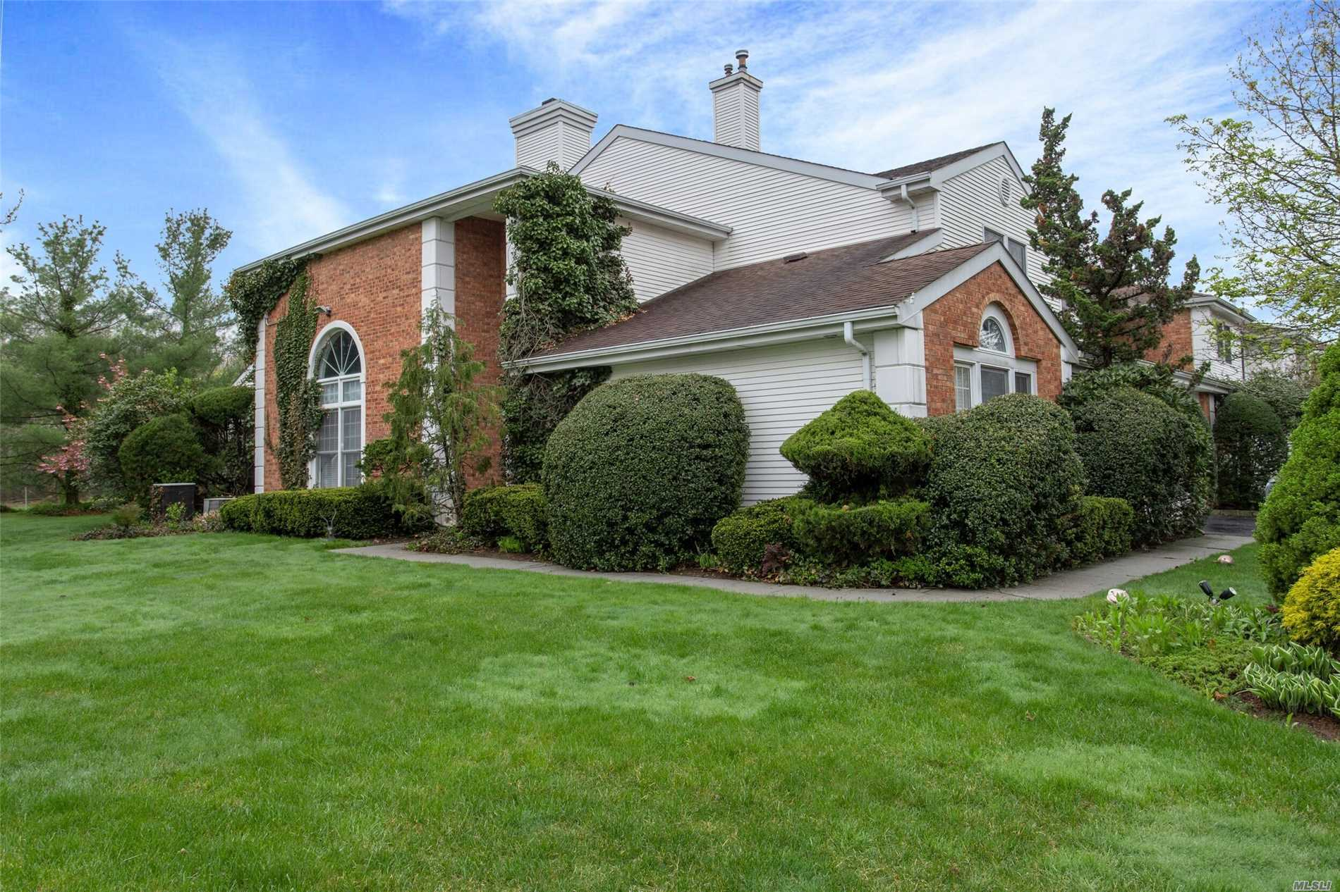 Property for sale at 82 Hamlet Drive, Commack NY 11725, Commack,  New York 11725