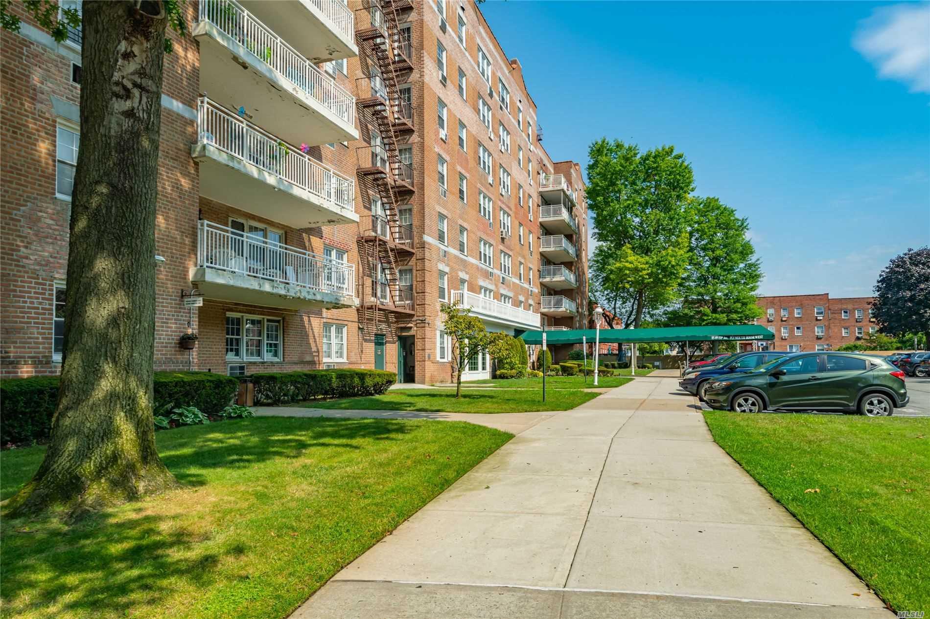 Property for sale at 85-09 151 Avenue # 6H, Howard Beach NY 11414, Howard Beach,  New York 11414