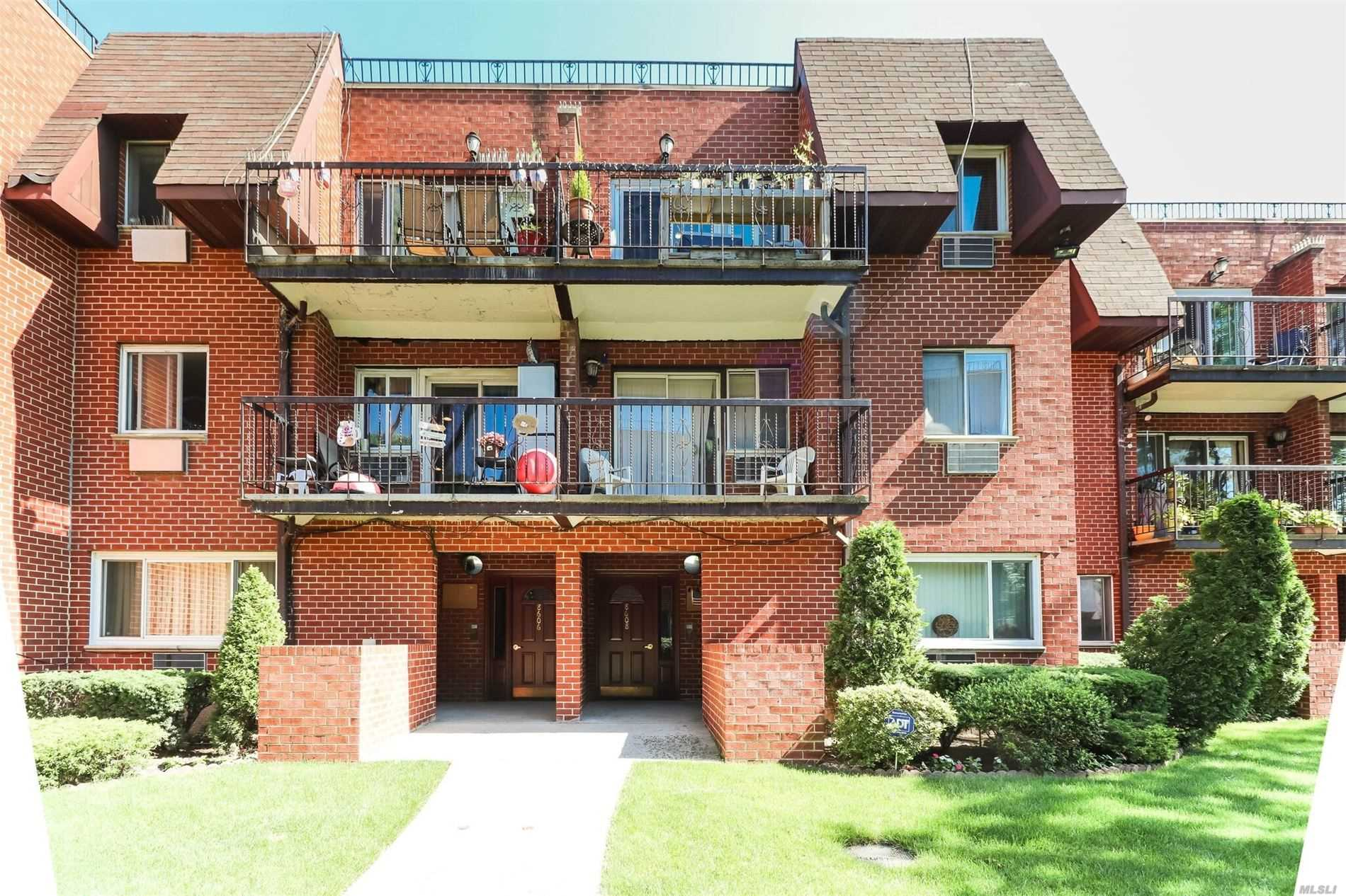 Property for sale at 86-08 Dumont Avenue # 4C, Ozone Park NY 11417, Ozone Park,  New York 11417