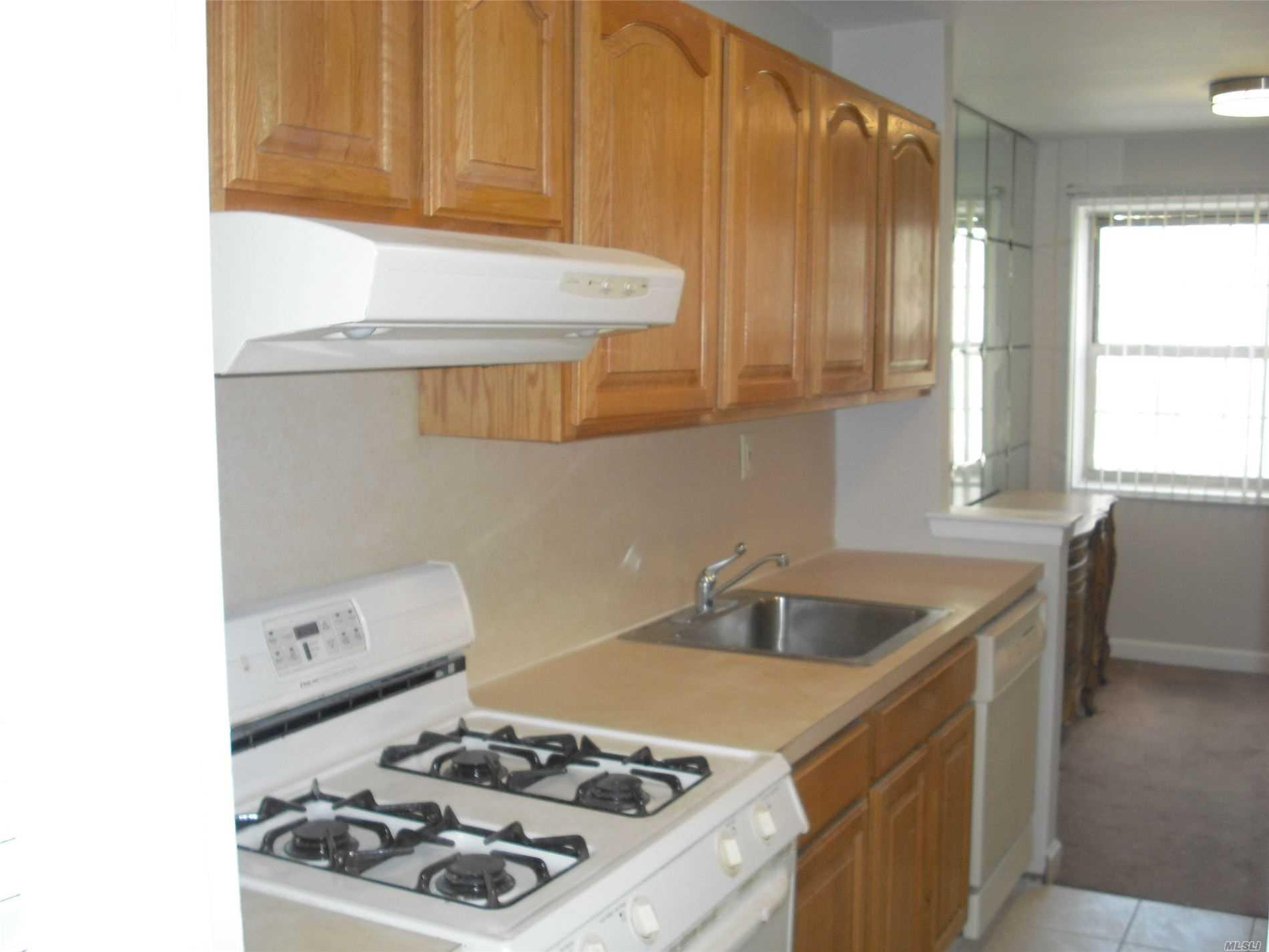 Property for sale at 84-29 153rd Avenue # 3N, Howard Beach NY 11414, Howard Beach,  New York 11414