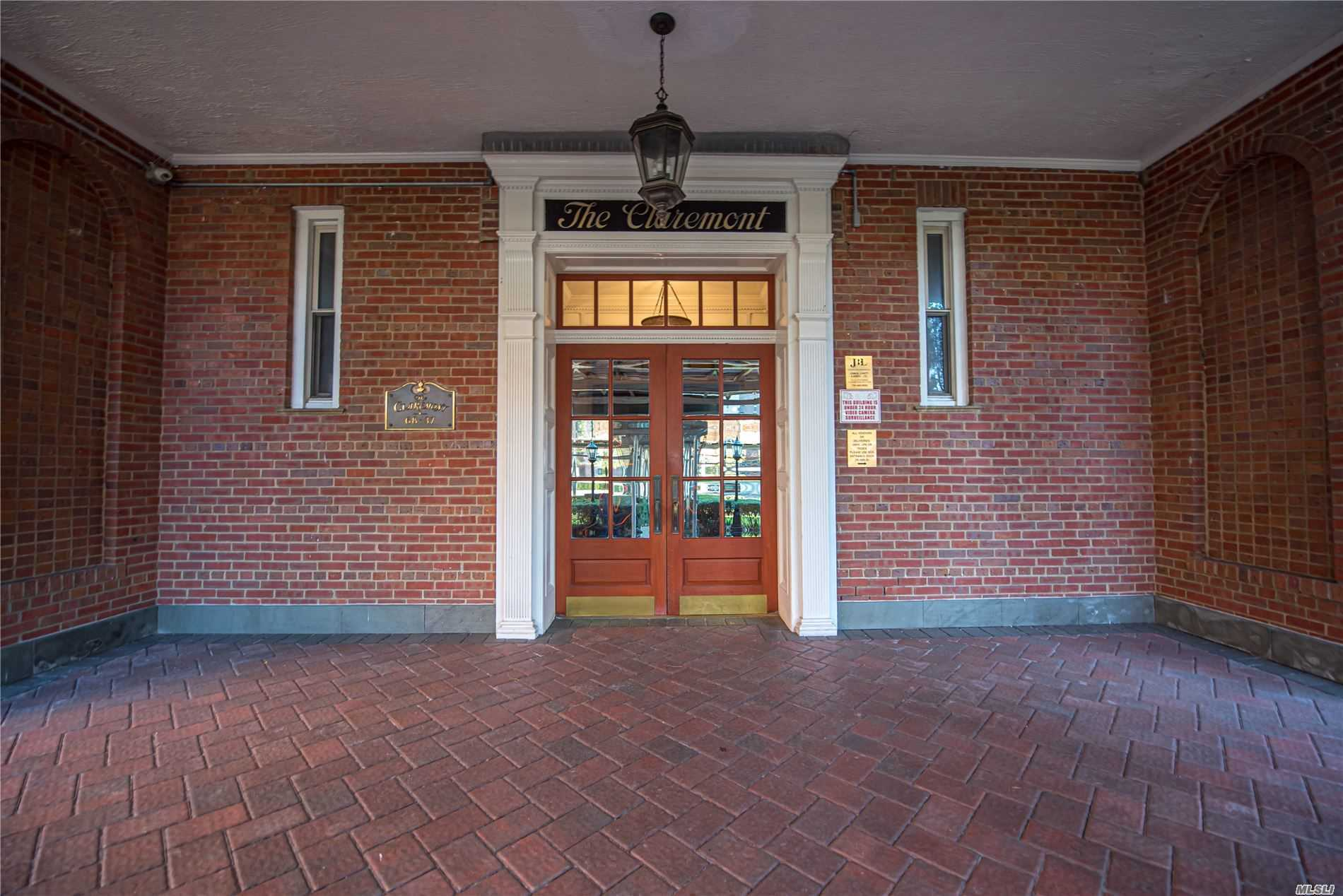 68-37 108 Street 1F, Forest Hills, NY 11375