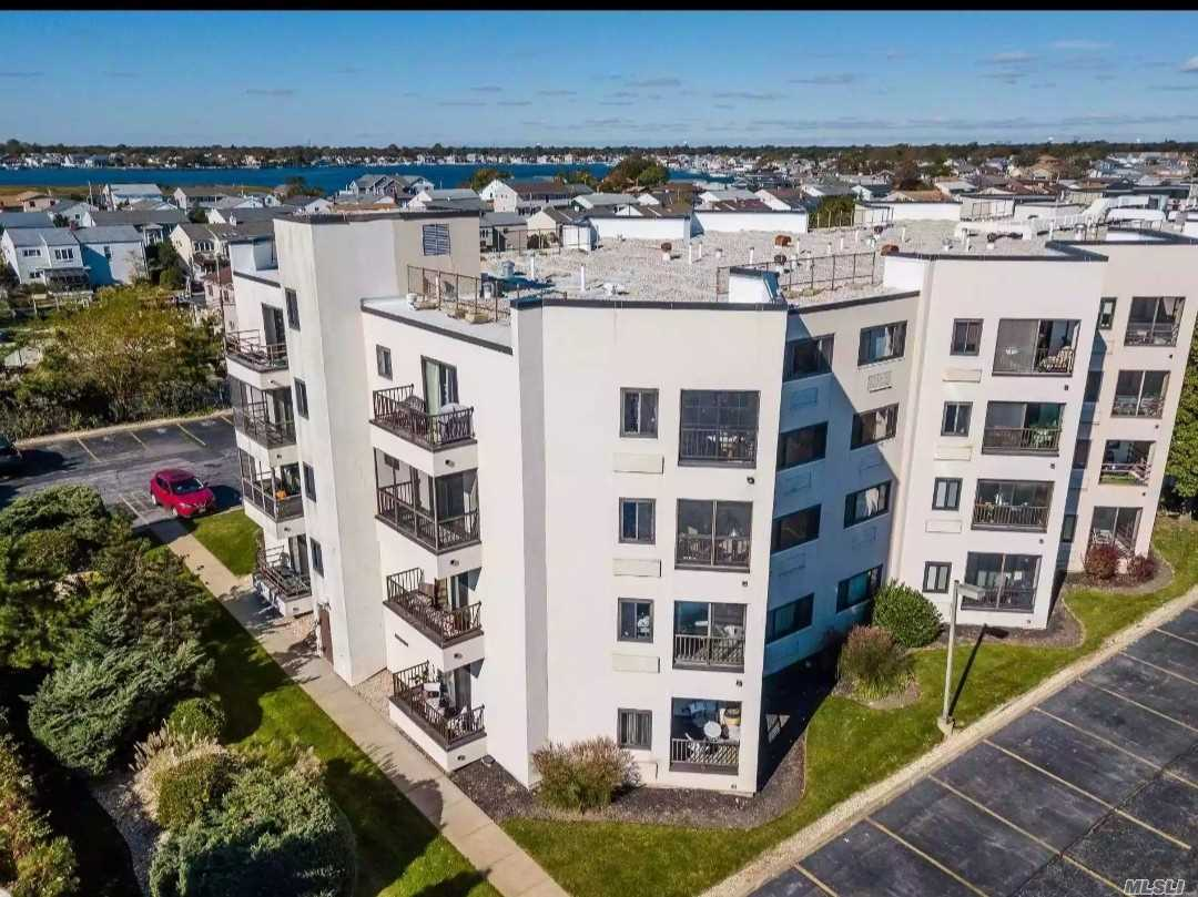 Property for sale at 725 Miller Avenue # 429, Freeport NY 11520, Freeport,  New York 11520