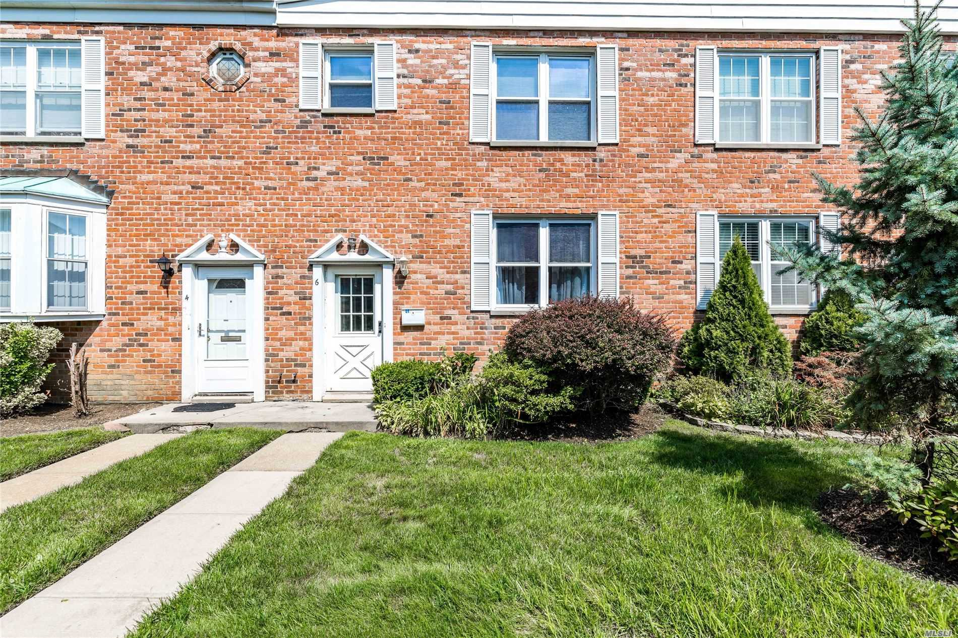 Property for sale at 930 Merrick Road # 6, Baldwin NY 11510, Baldwin,  New York 11510