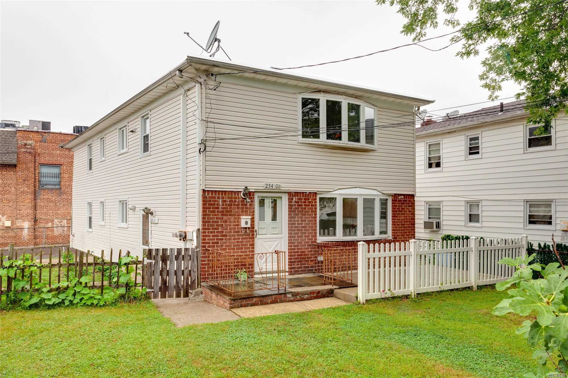 Property for sale at 254-01 Pembroke Avenue, Little Neck NY 11362, Little Neck,  New York 11362
