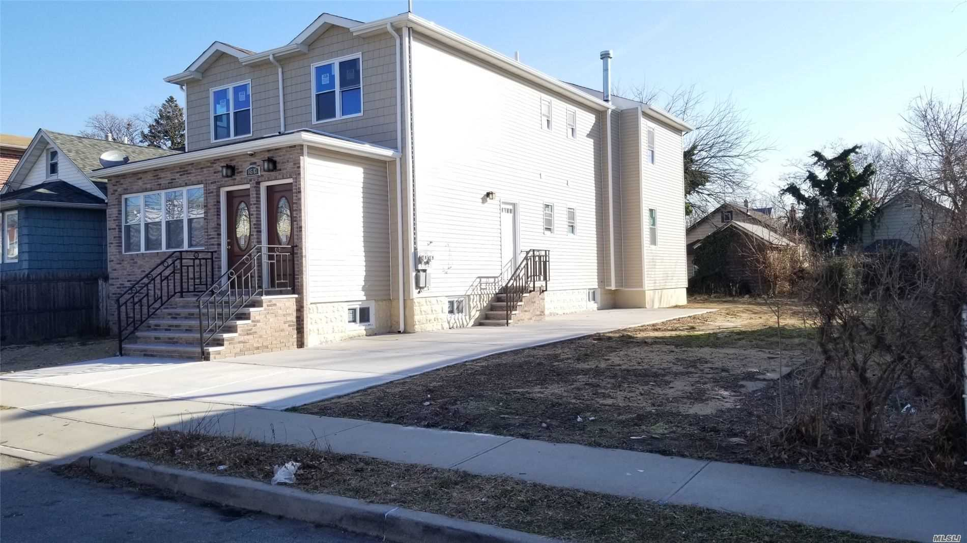 Property for sale at 145-83 220 Street, Rosedale NY 11422, Rosedale,  New York 11422