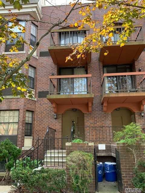 Property for sale at 163-08 71 Avenue, Fresh Meadows NY 11365, Fresh Meadows,  New York 11365