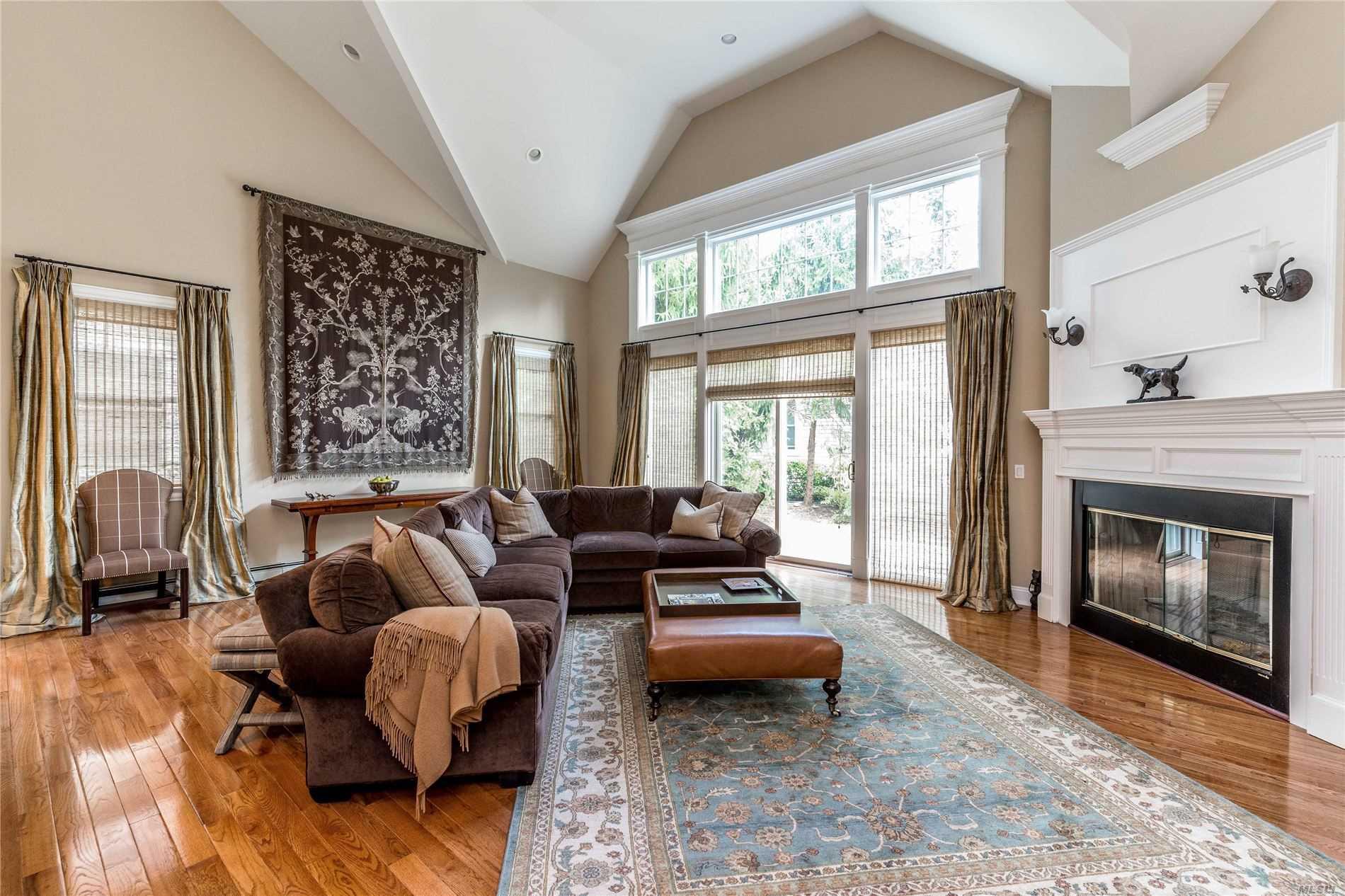 Property for sale at 30 W Overlook, Port Washington NY 11050, Port Washington,  New York 11050