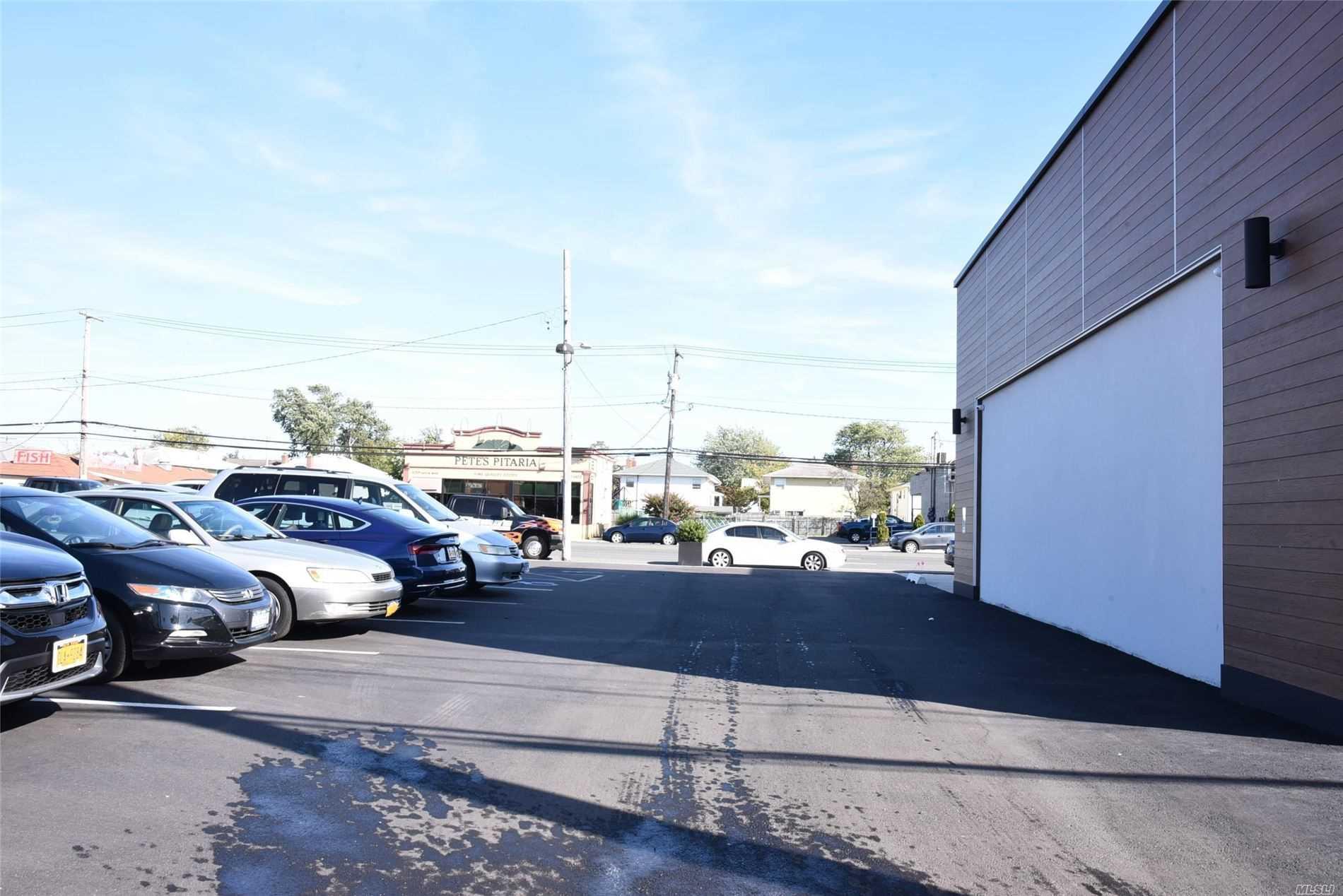 Commercial Lease Austin Boulevard  Nassau, NY 11558, MLS-3163752-12